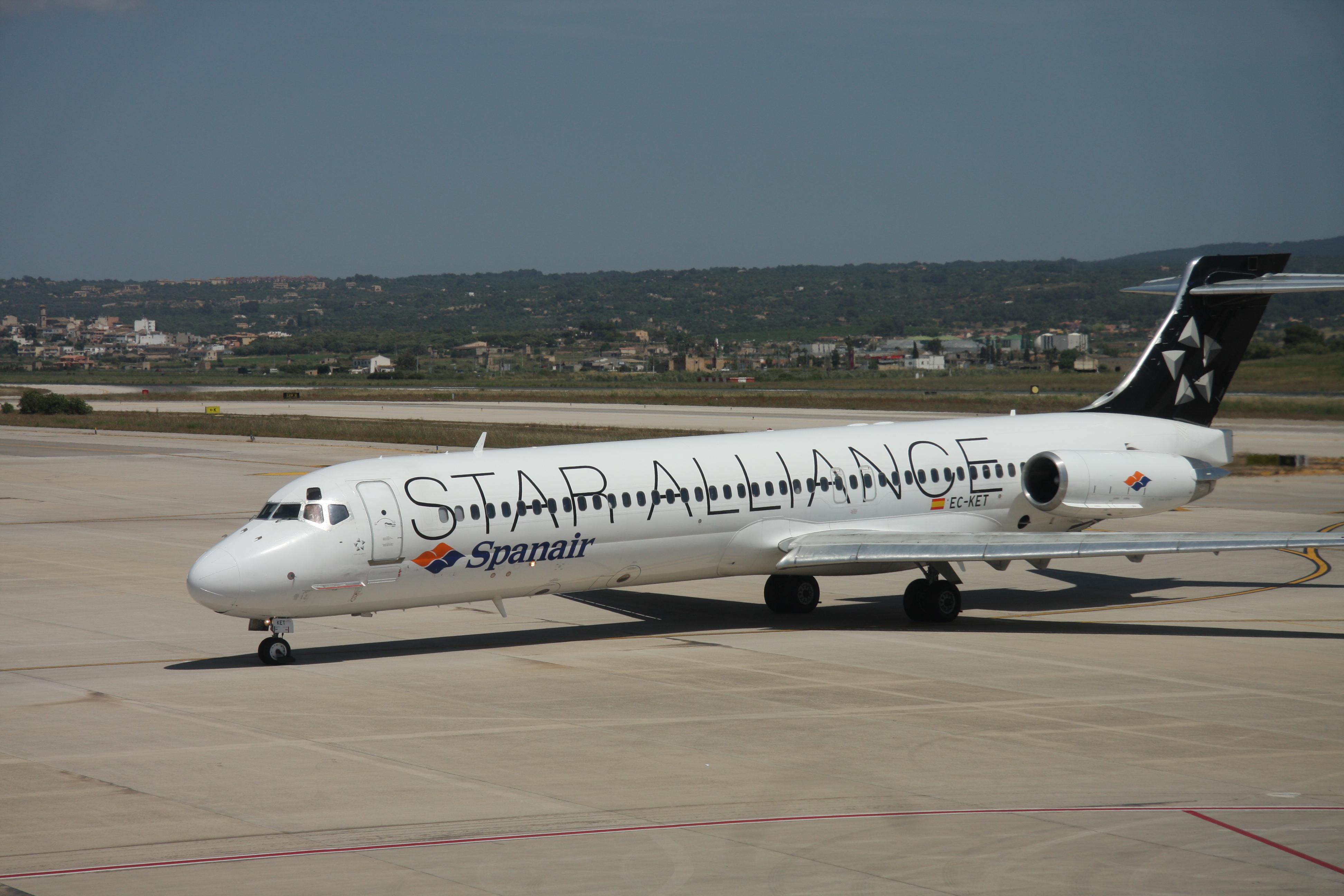 McDonnell Douglas MD-80   Wiki   Everipedia