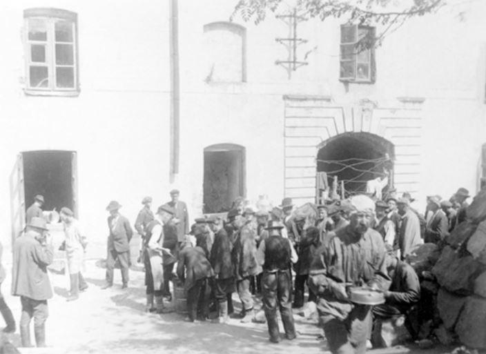 Suomenlinna prisoners.JPG