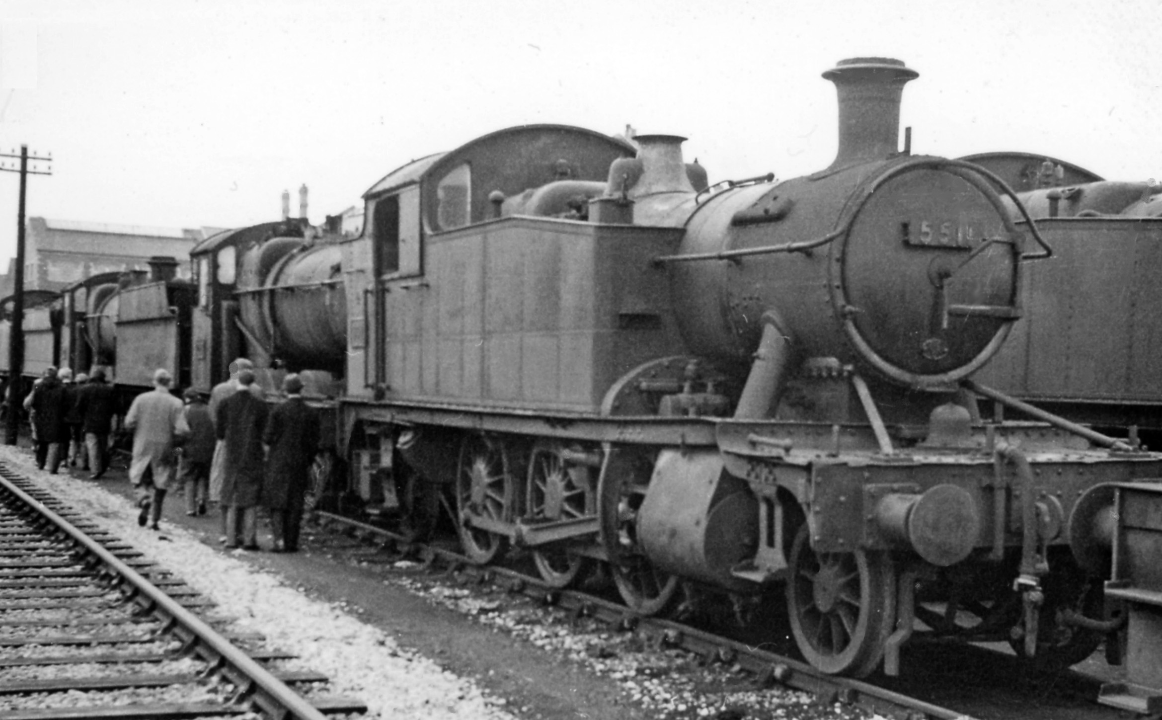 File:Swindon 04 Works, a '4575' heads line-up locomotives awaiting scrap geograph-2578454-by-Ben ...