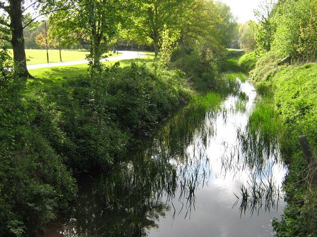The River Stour near Victoria Park - geograph.org.uk - 1279115