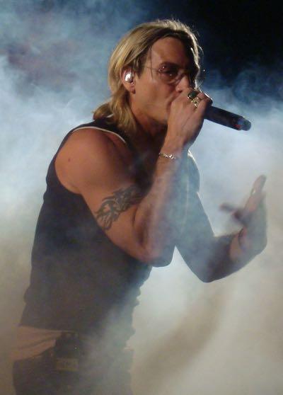 Thema rapper wikipedia - Discografia gemelli diversi ...