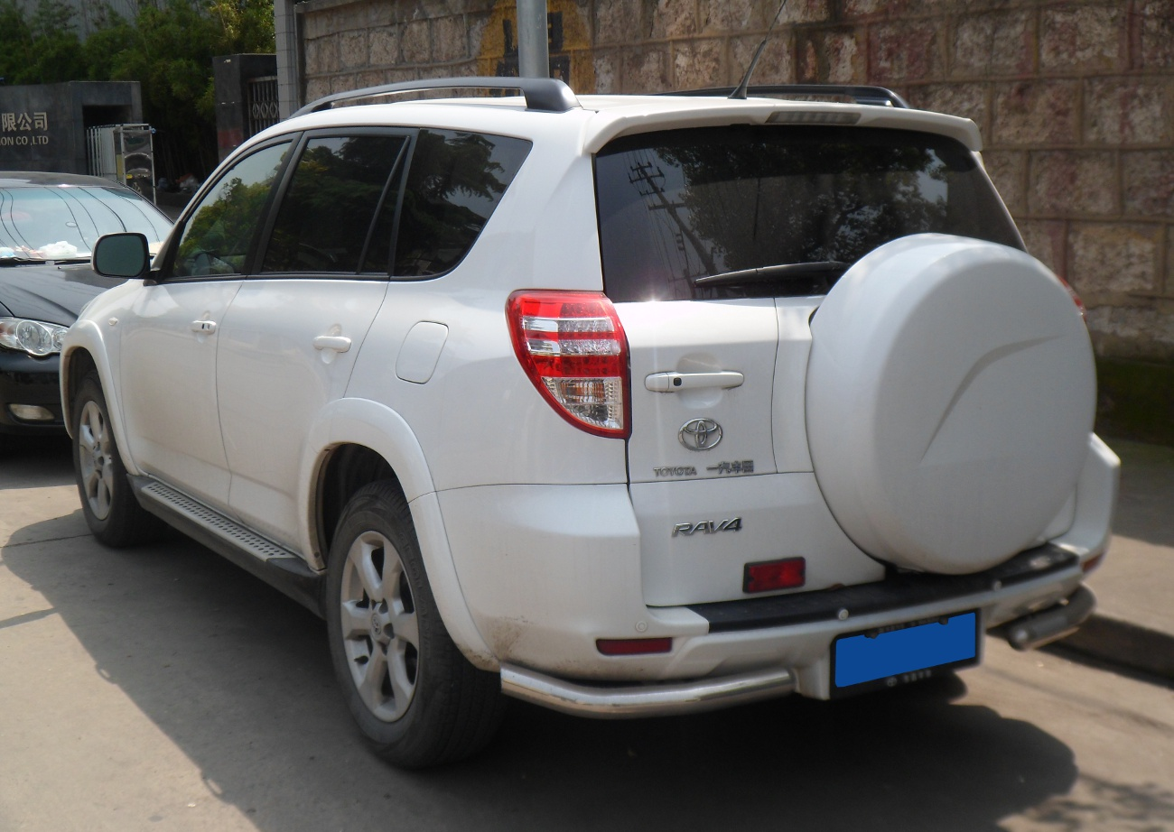 File Toyota Rav4 Xa30 02 China 2012 04 22 Jpg Wikimedia