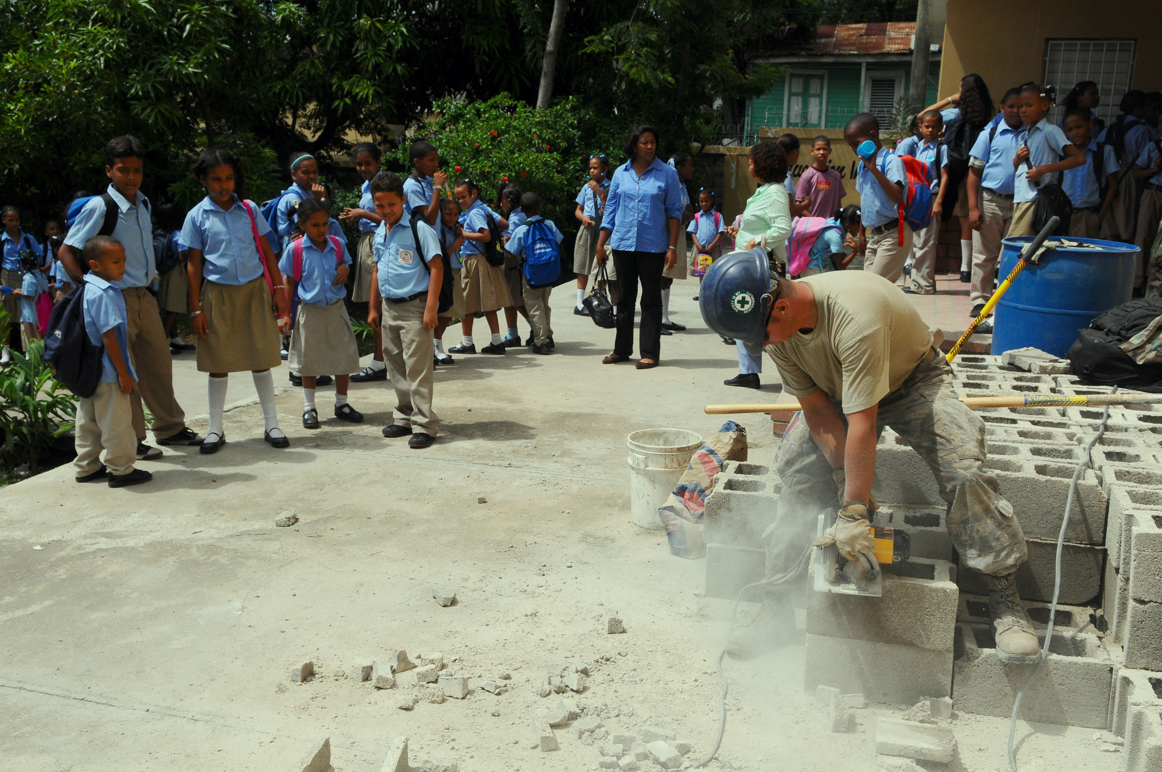 Socorro sanchez primary school during a community service project