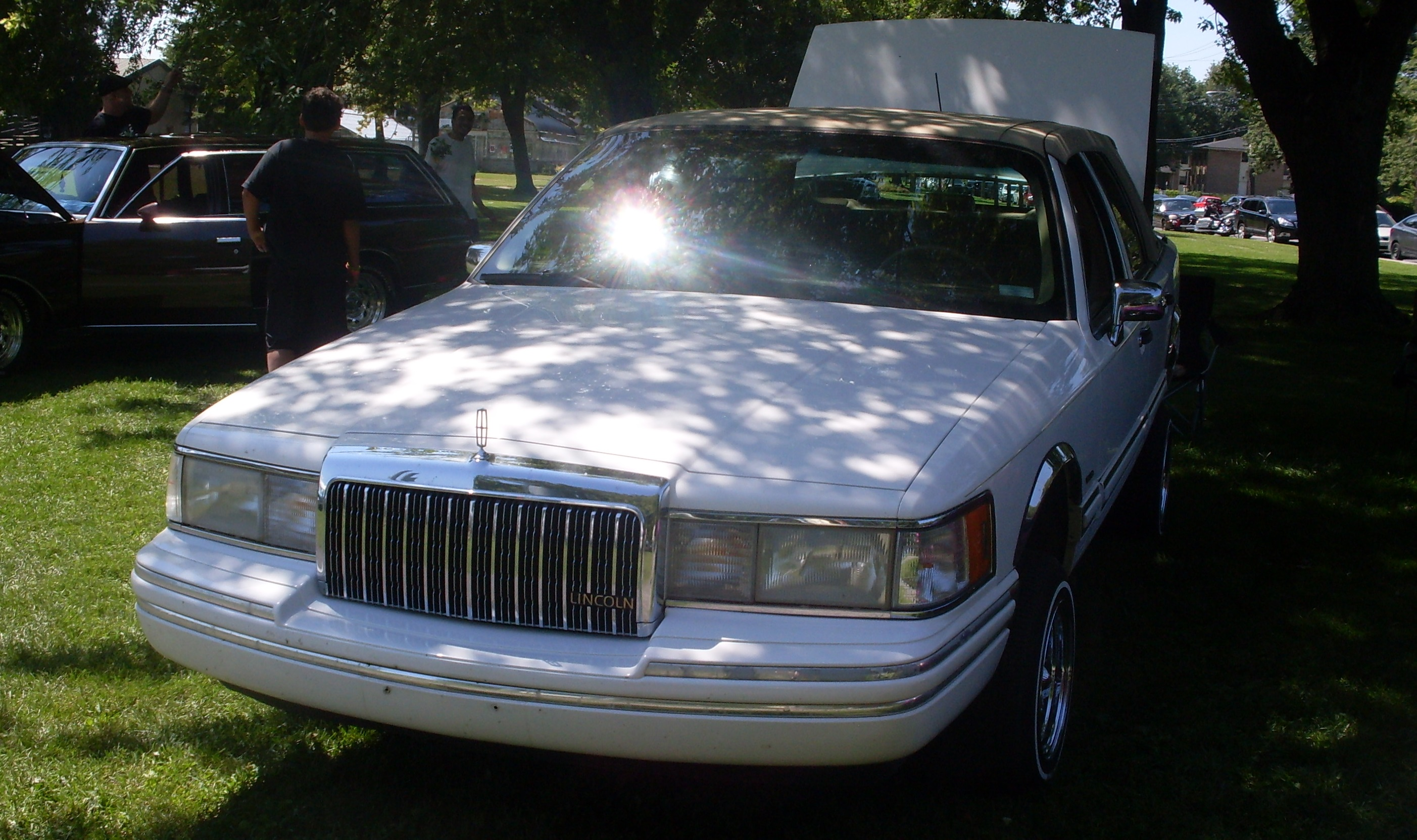 File 93 94 Lincoln Town Car 7eme Picnic Et Bbq 2013 Du Club De