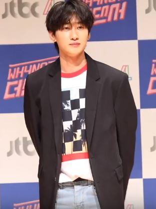 Eunhyuk Wikipedia Eunhyuk ve sungmin ise başka 10 erkek stajyerin bulunduğu proje grubu olan super junior 05'e yerleştirildi ve super junior nesilin ilk erkek. eunhyuk wikipedia