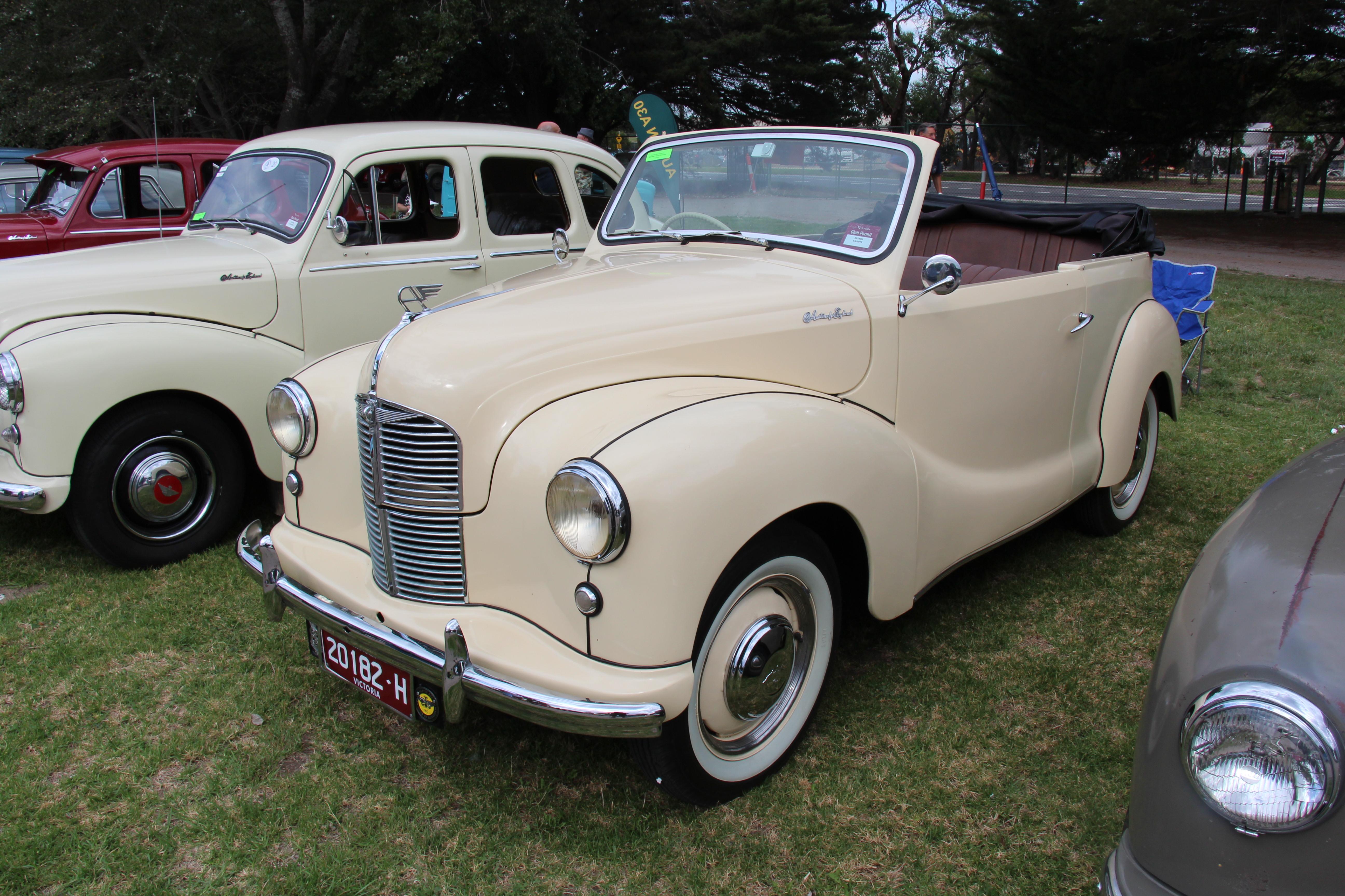 File 1950 austin a40 devon tourer 16462647908 jpg for 1948 austin devon 4 door