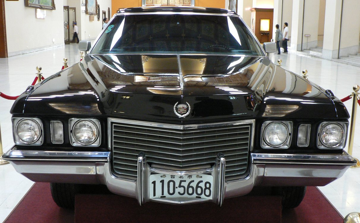 Cadillac Series 70 Wikipedia Windows Wiring Diagram Of 195758 General Motors All Models Chiang Kai Sheks 1972 75