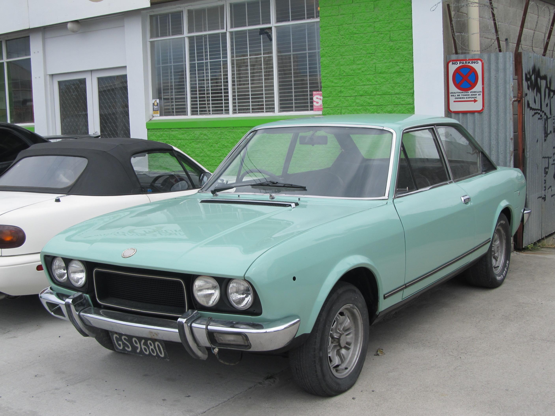 File 1973ish fiat 124 sport coupe 8408061370 jpg wikimedia commons - Fiat 124 coupe sport fiche technique ...