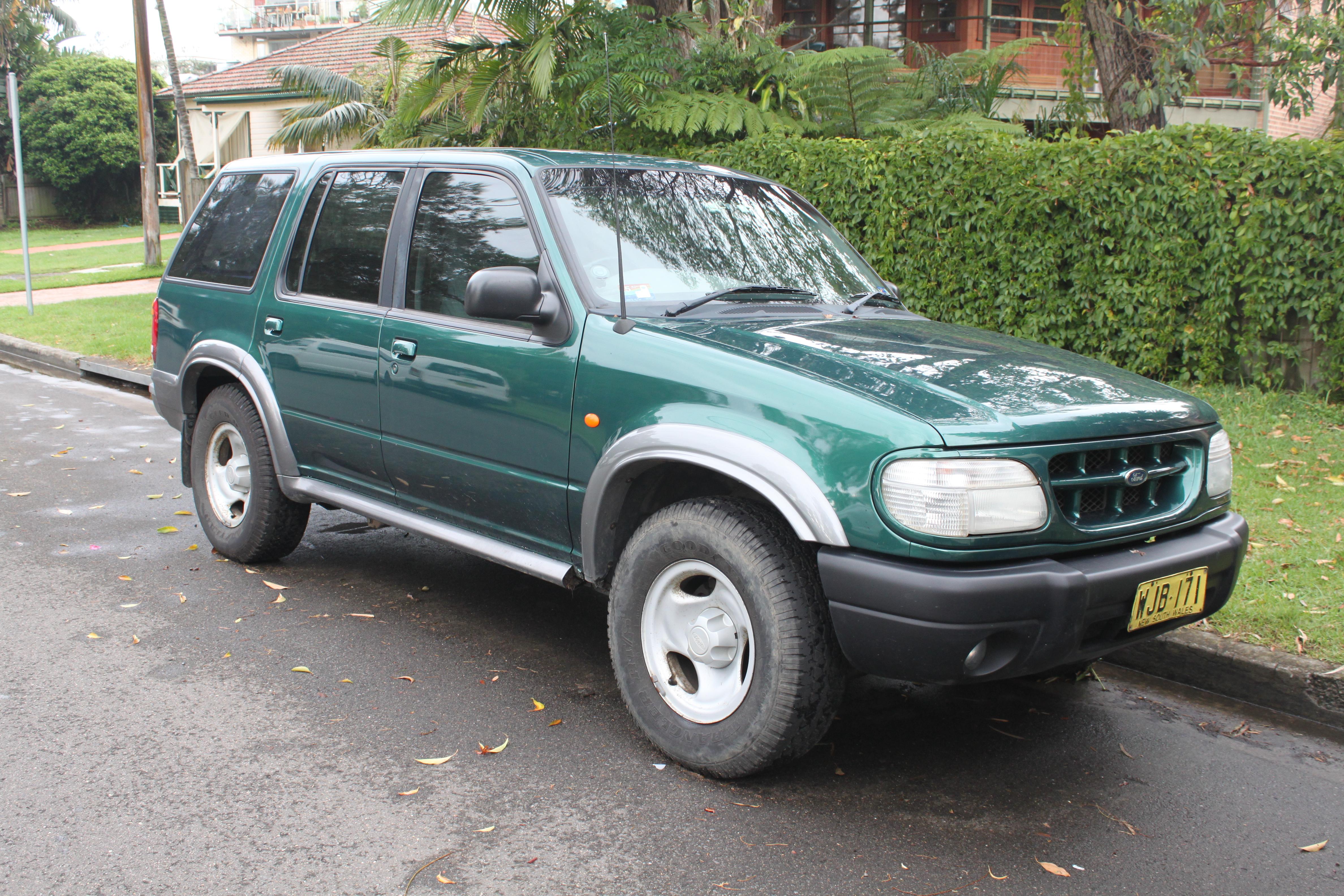 File1999 ford explorer uq xl 5 door wagon 23097179681
