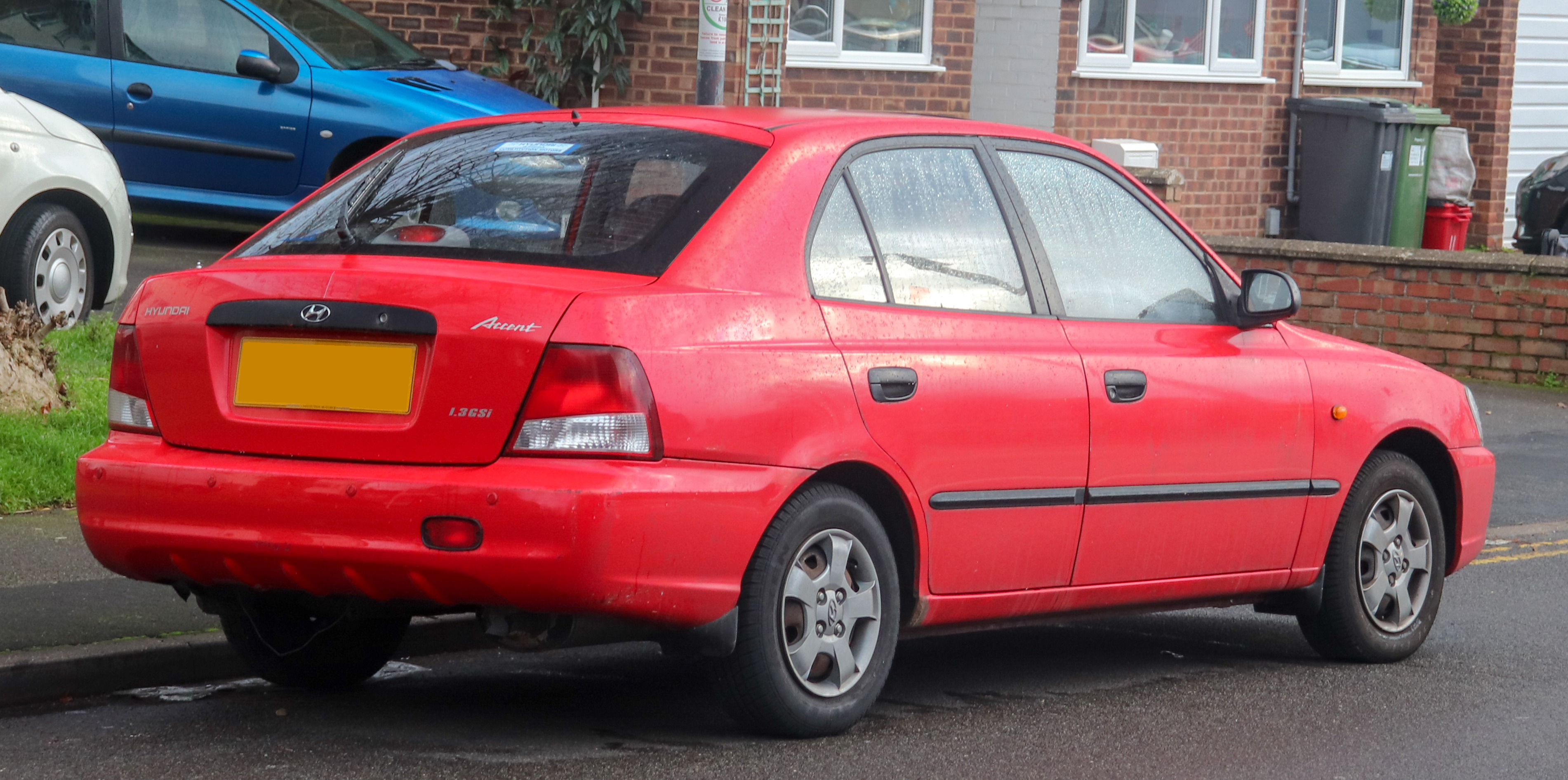 file 2002 hyundai accent gsi 1 3 rear jpg wikimedia commons https commons wikimedia org wiki file 2002 hyundai accent gsi 1 3 rear jpg