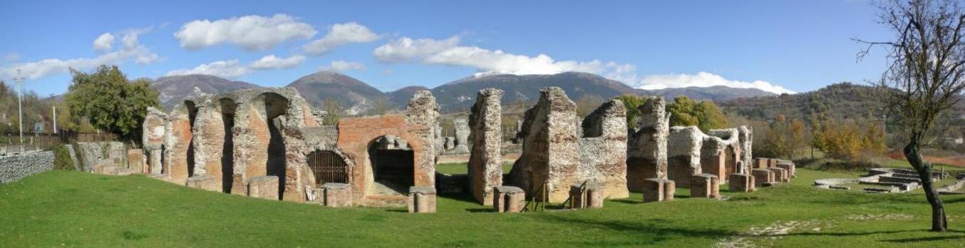 Anfiteatro di Amiternum