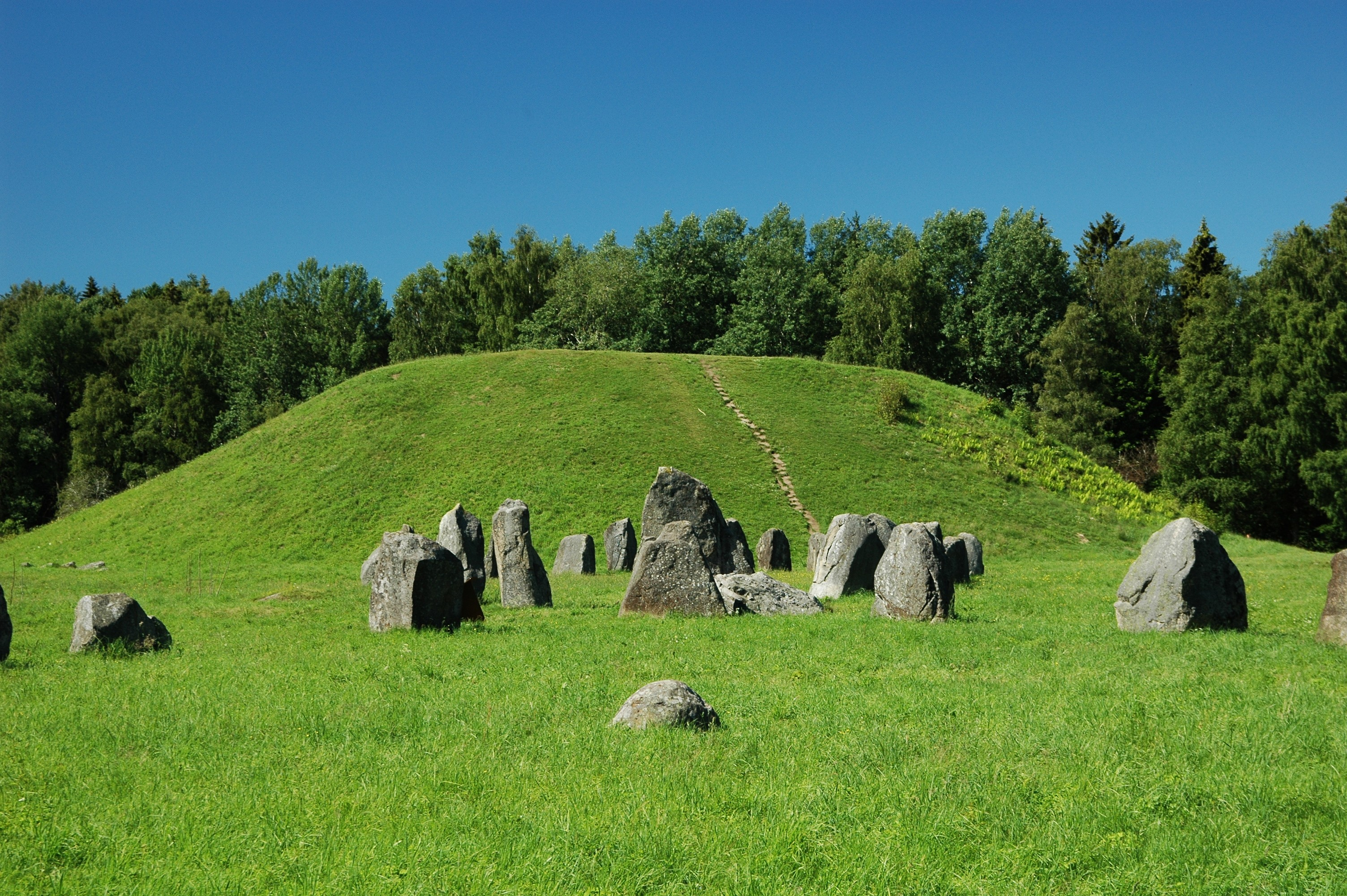 Burial Mounds from Wikipedia