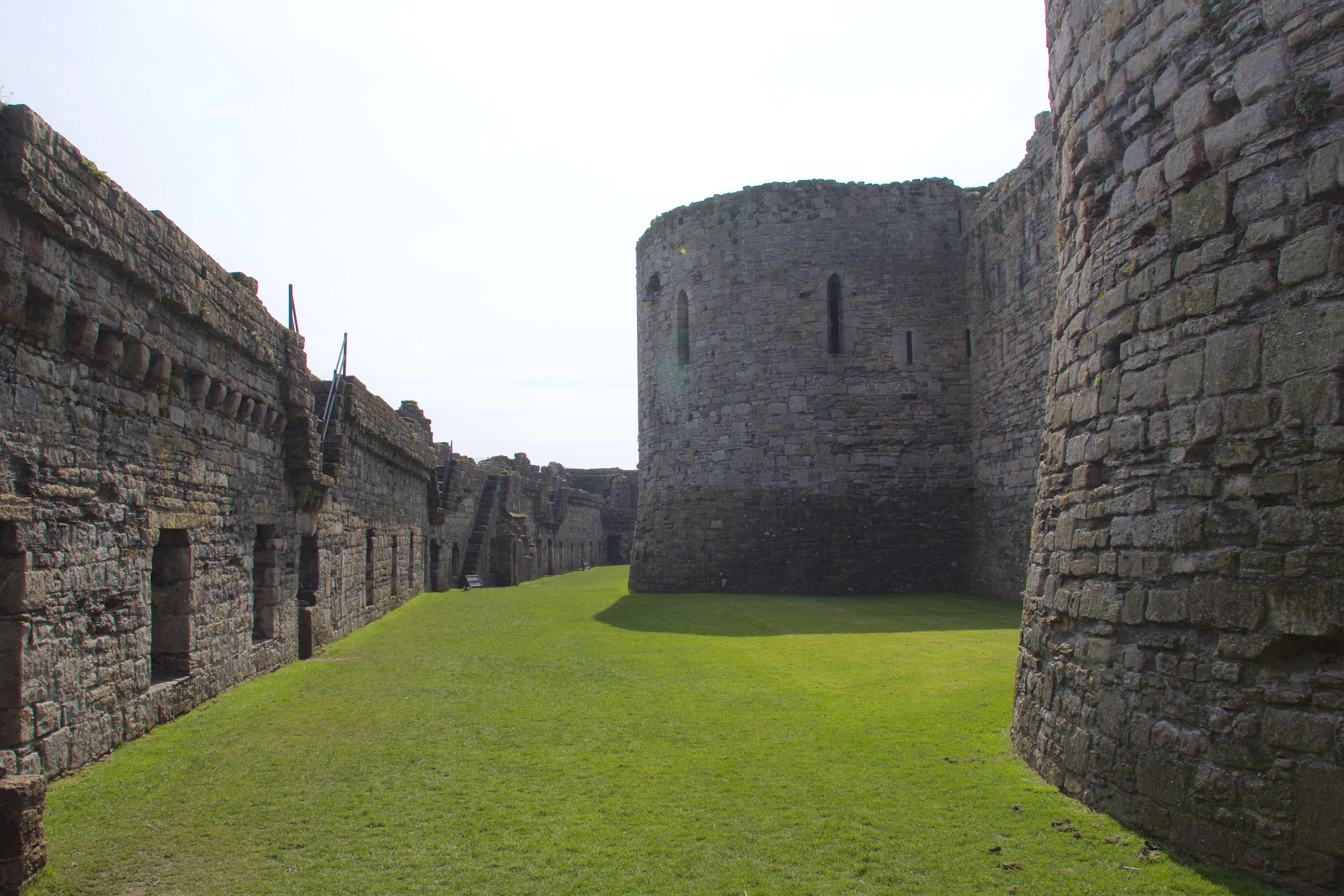 filebeaumaris castle 2015 023jpg