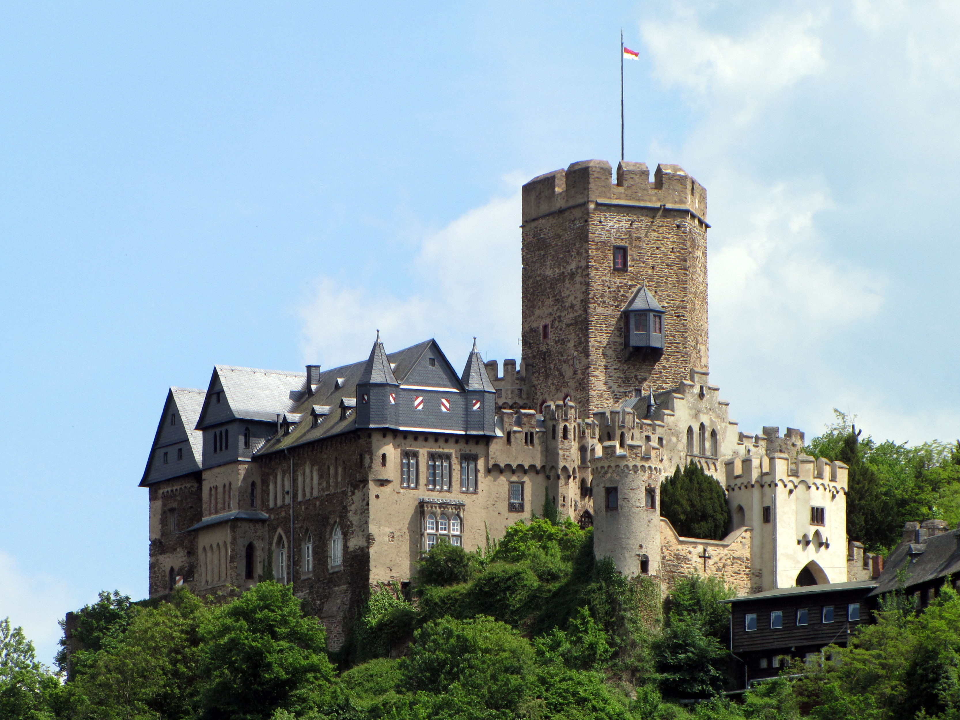 Burg Lahneck vom Lahnstein aus