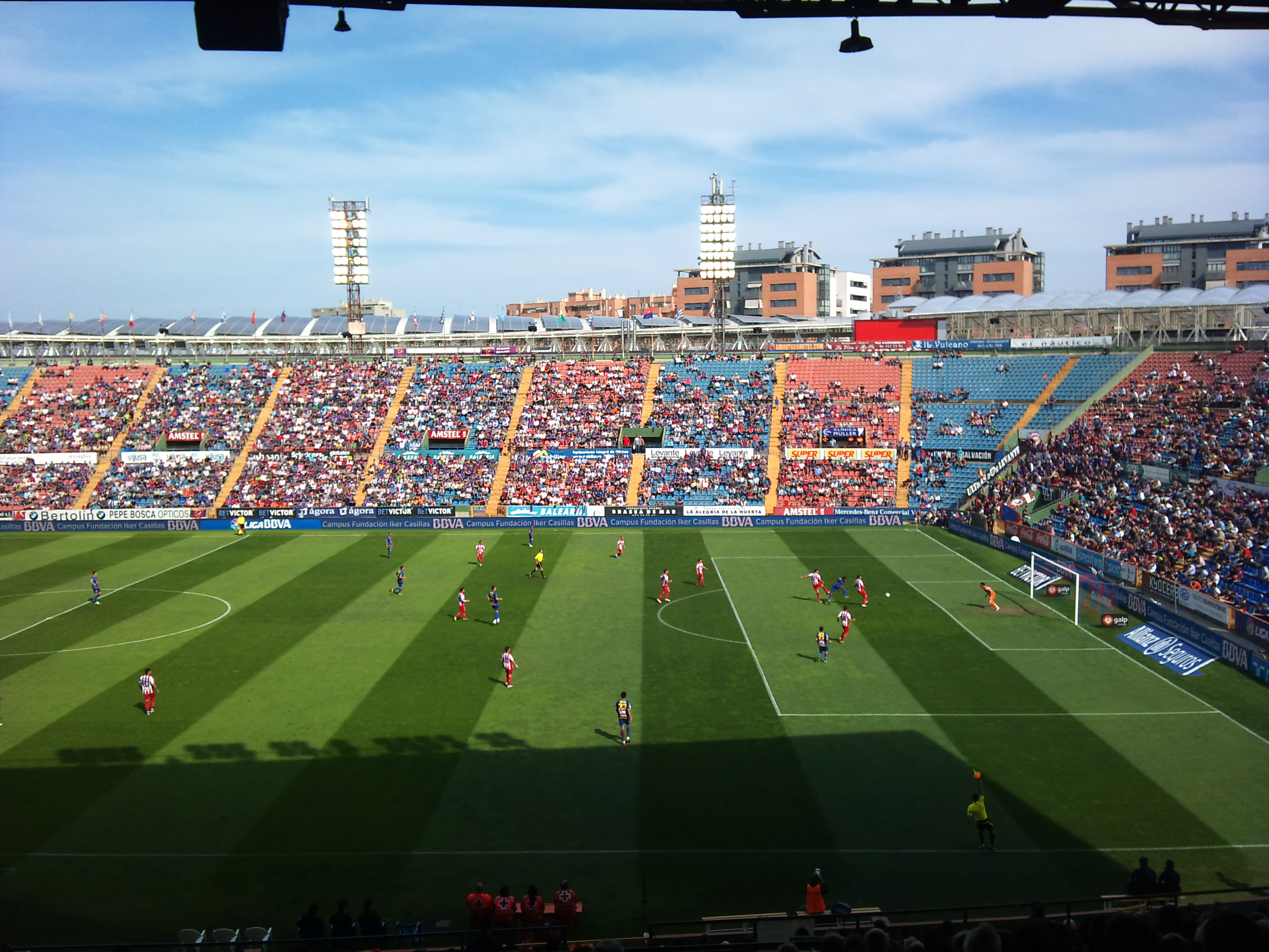 Леванте футбольный клуб вместимость стадиона