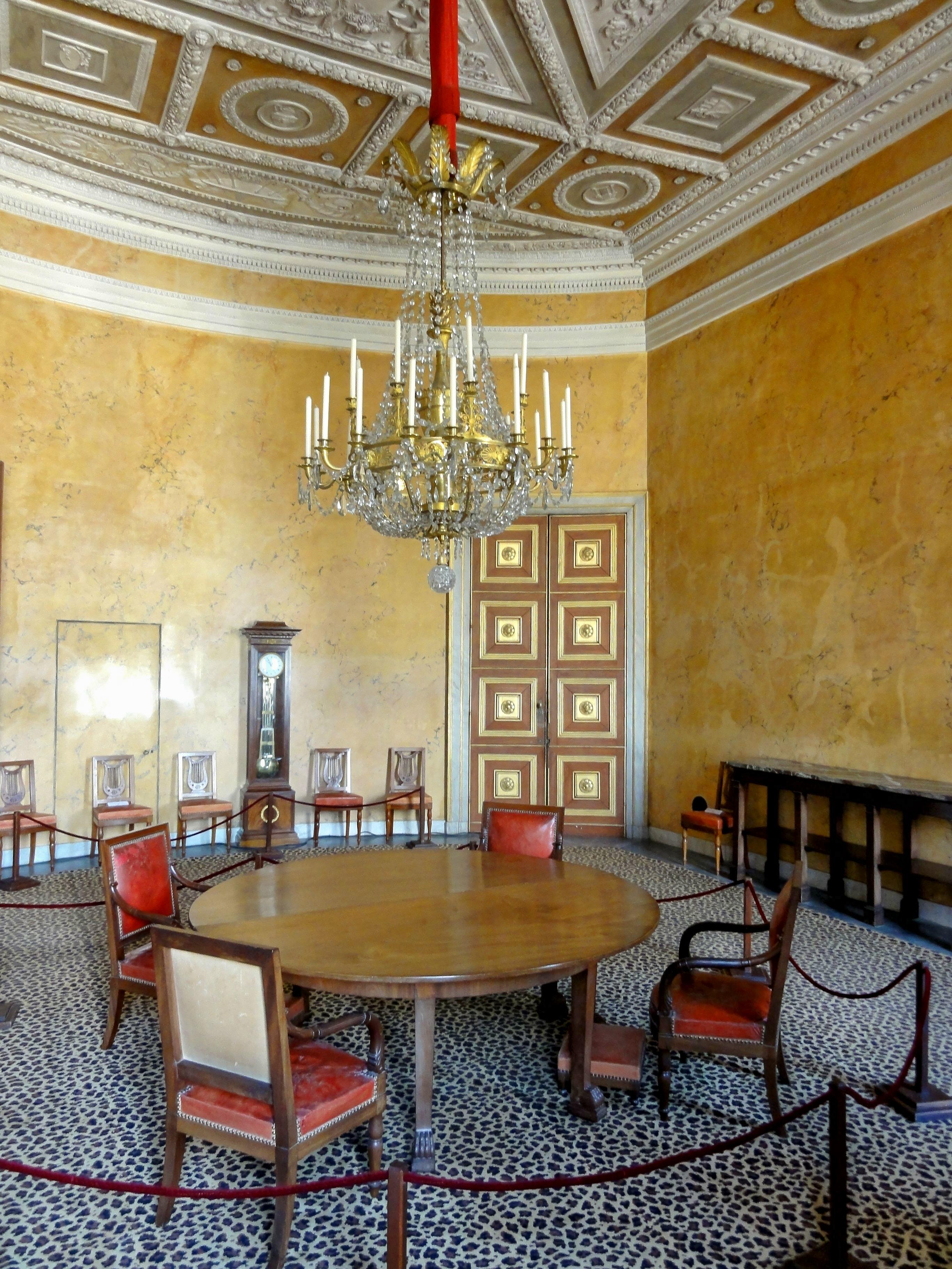 File compi gne 60 palais salle manger de l for Salle a manger annee 60