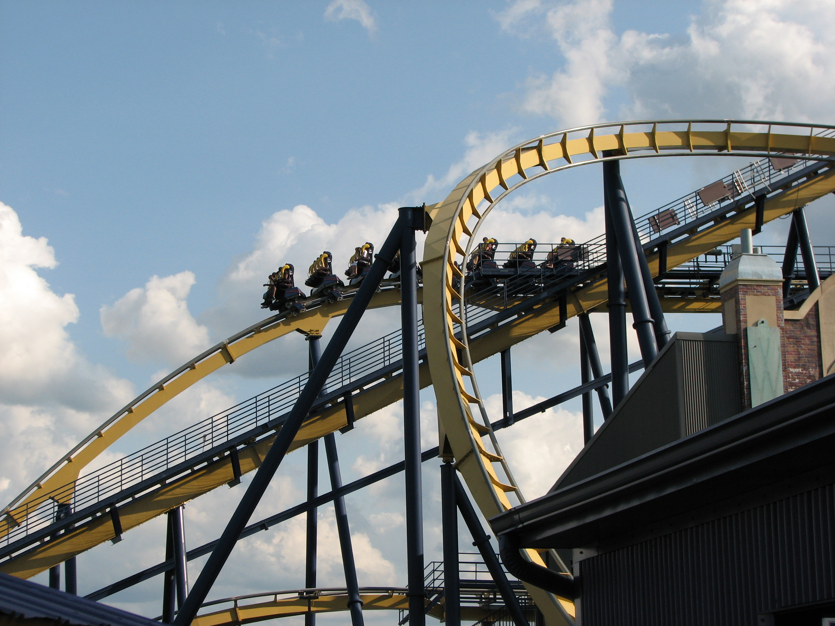 File:Dominator at Geauga Lake (04) jpg - Wikimedia Commons