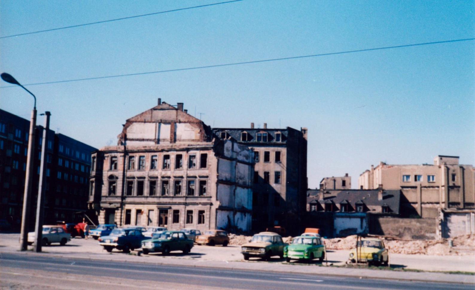 Dresden_1985_Sch%C3%A4fer-Wei%C3%9Feritz-00.jpg