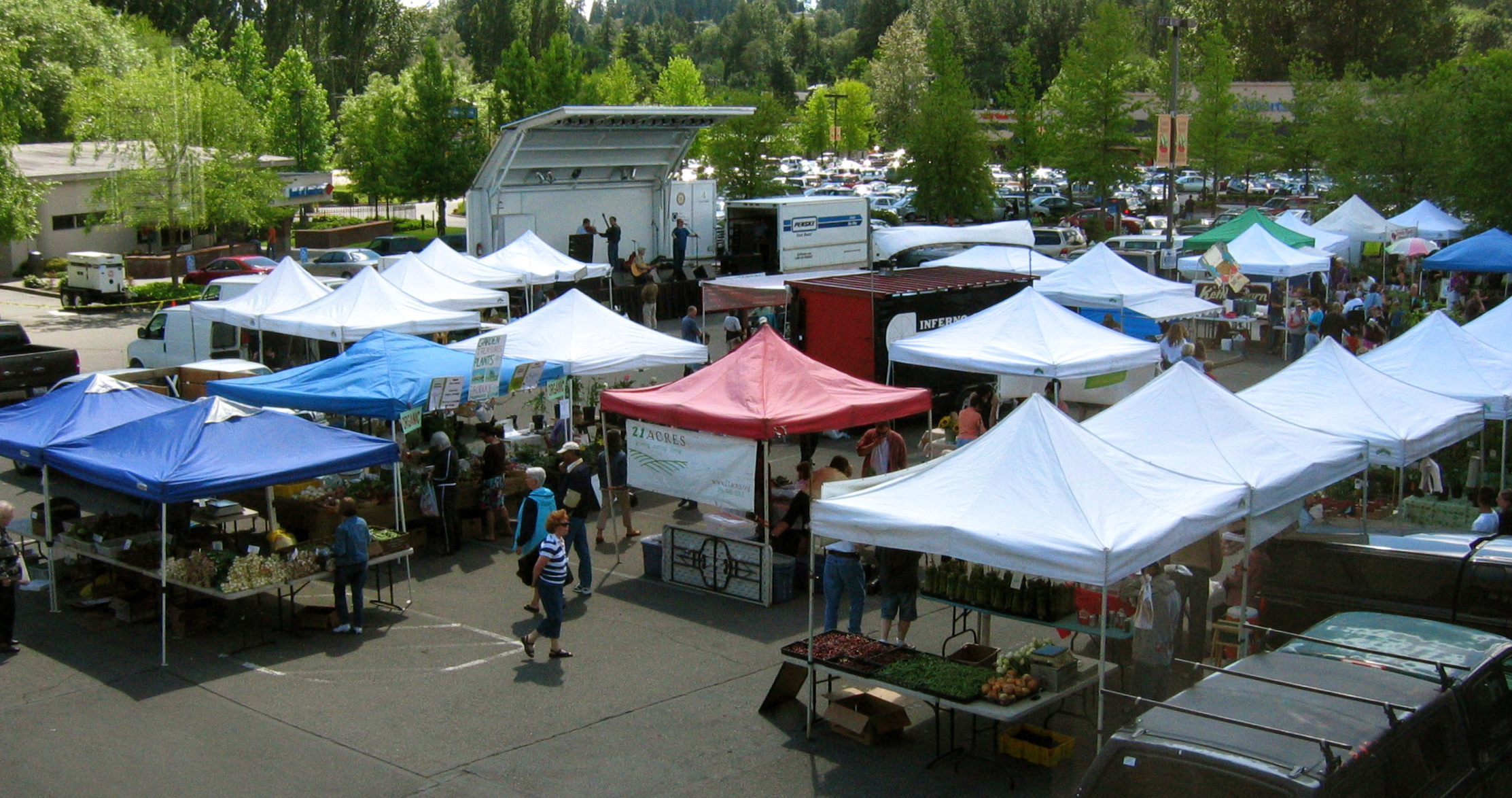 Lake Forest Park Town Center and Farmers' Market