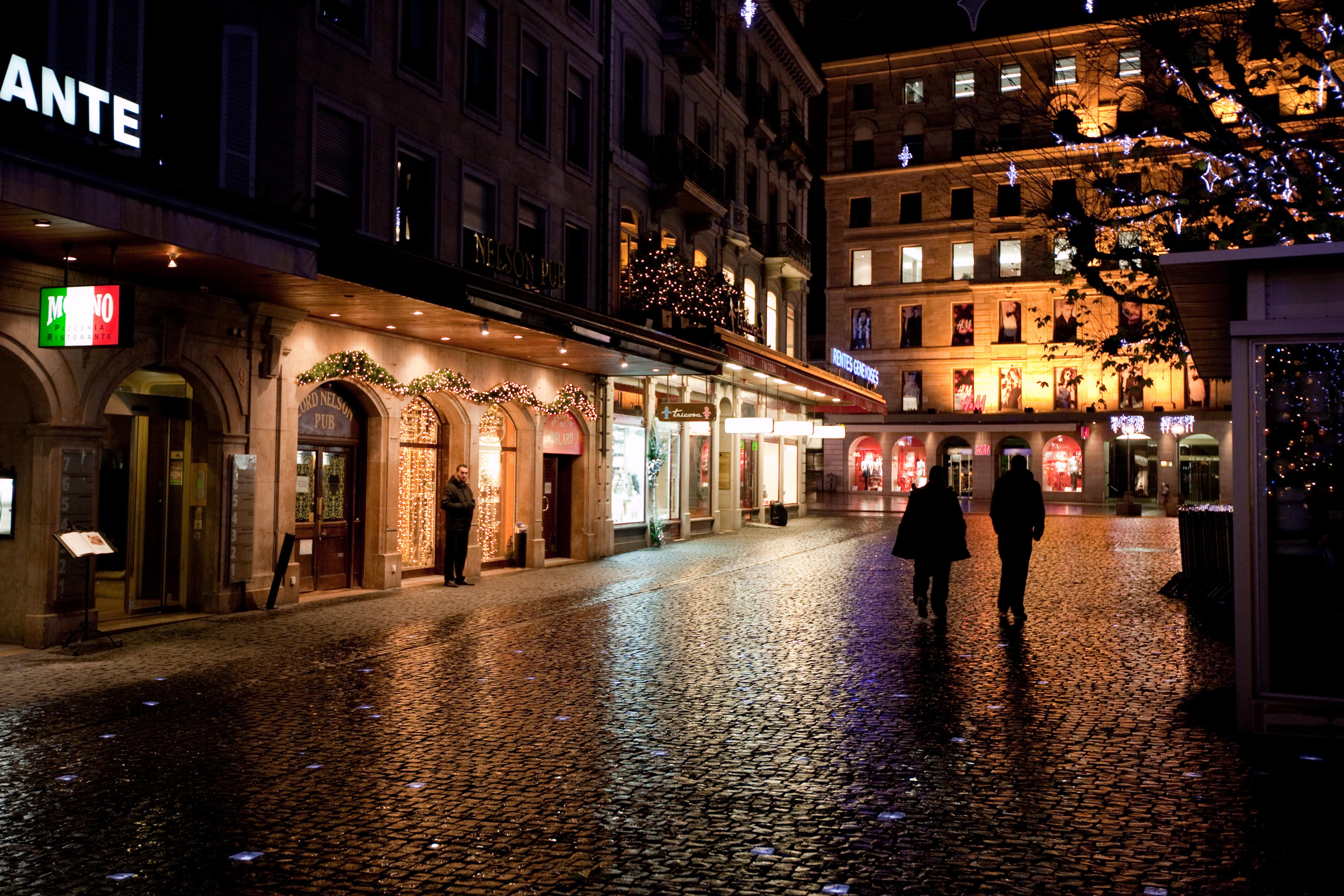 File:Geneva street in the rain.jpg - Wikimedia Commons