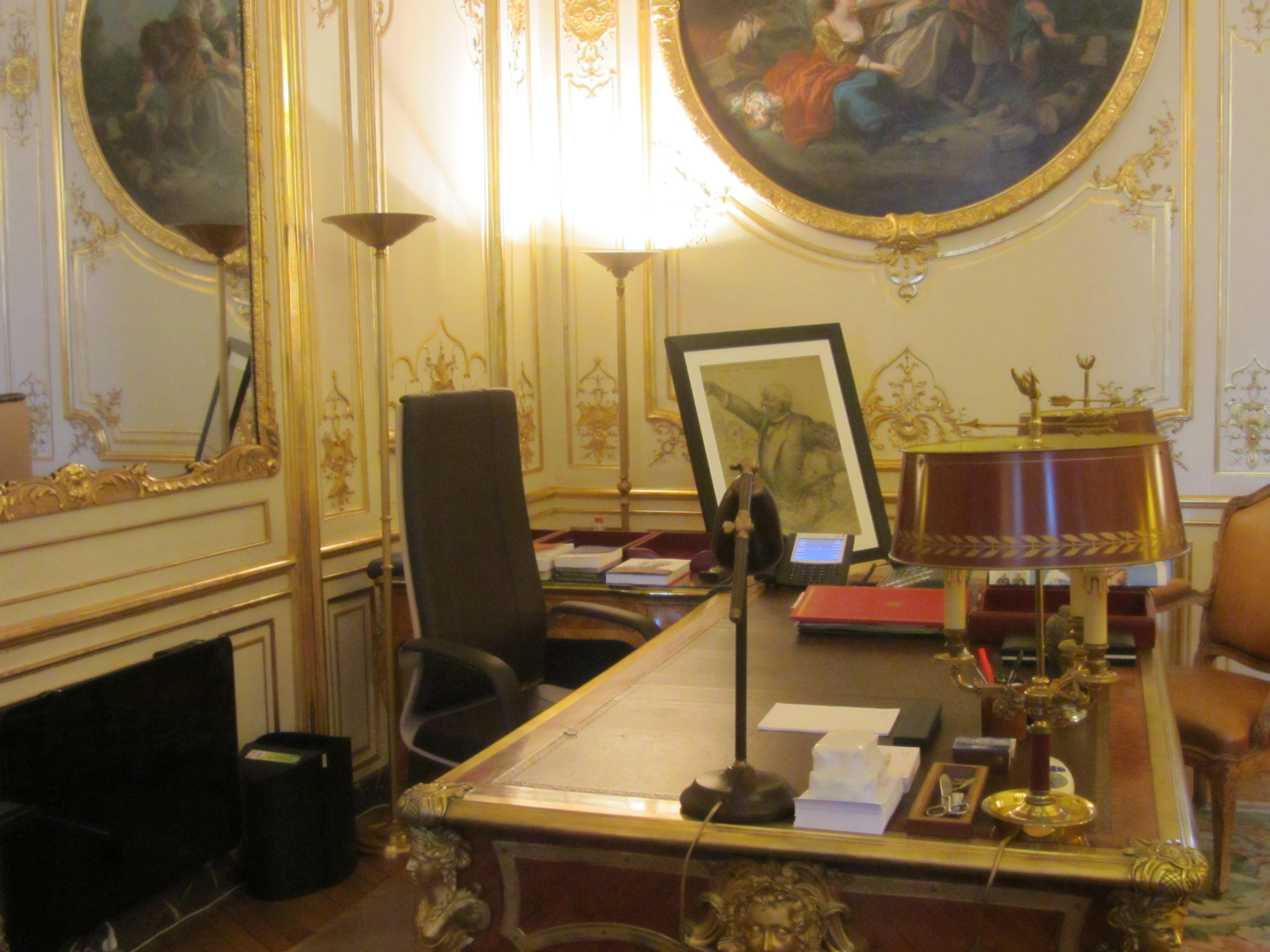 File h tel matignon bureau du premier ministre jpg wikimedia commons - Bureau du premier ministre ...