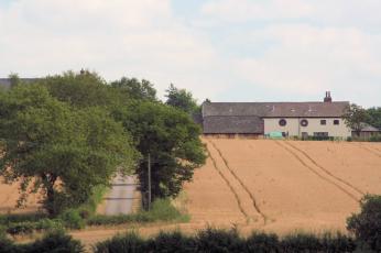 Hurst Farm viewed from Appleton Reservoir - geograph.org.uk - 207519