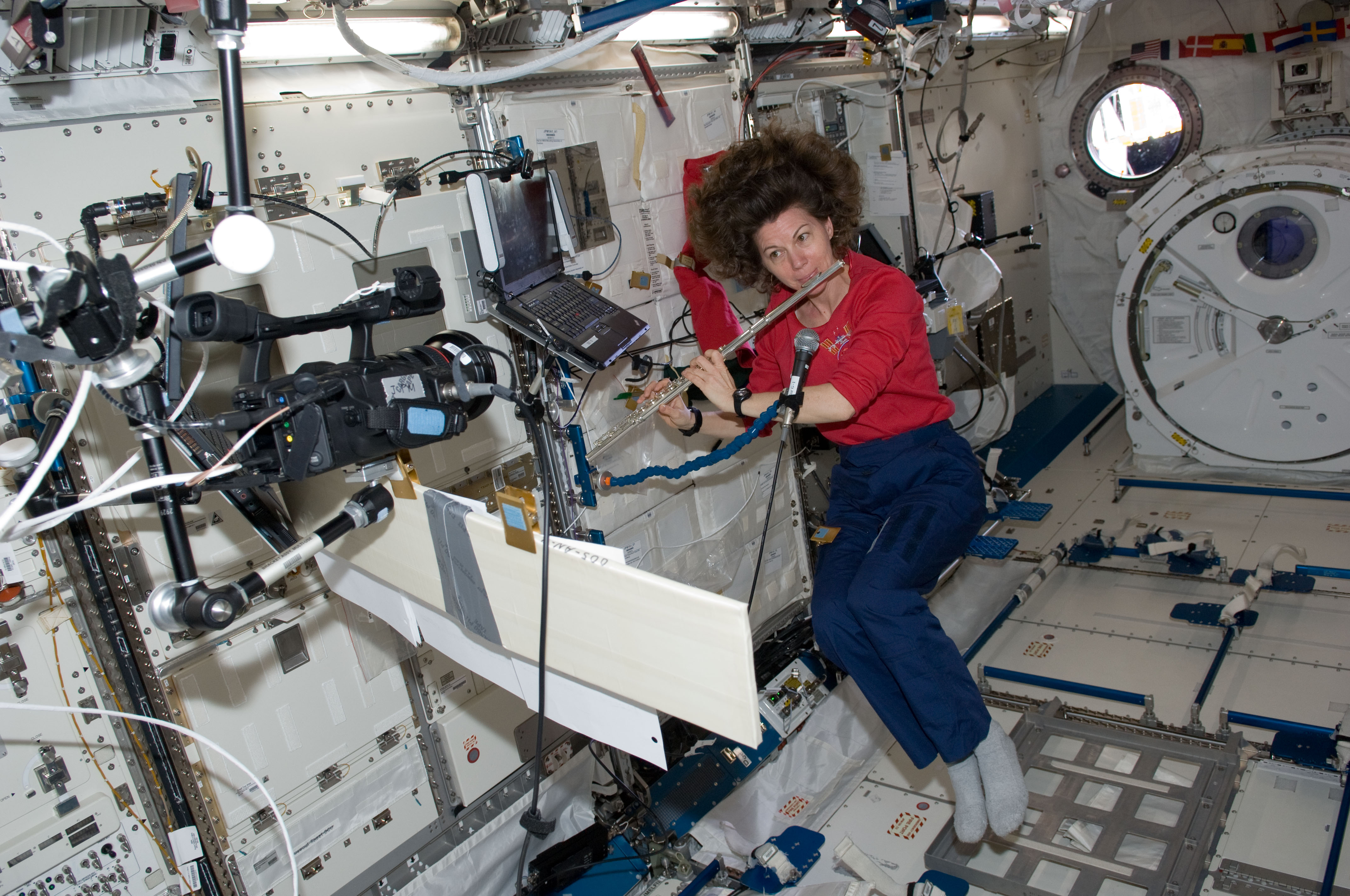 inside space station images - photo #17