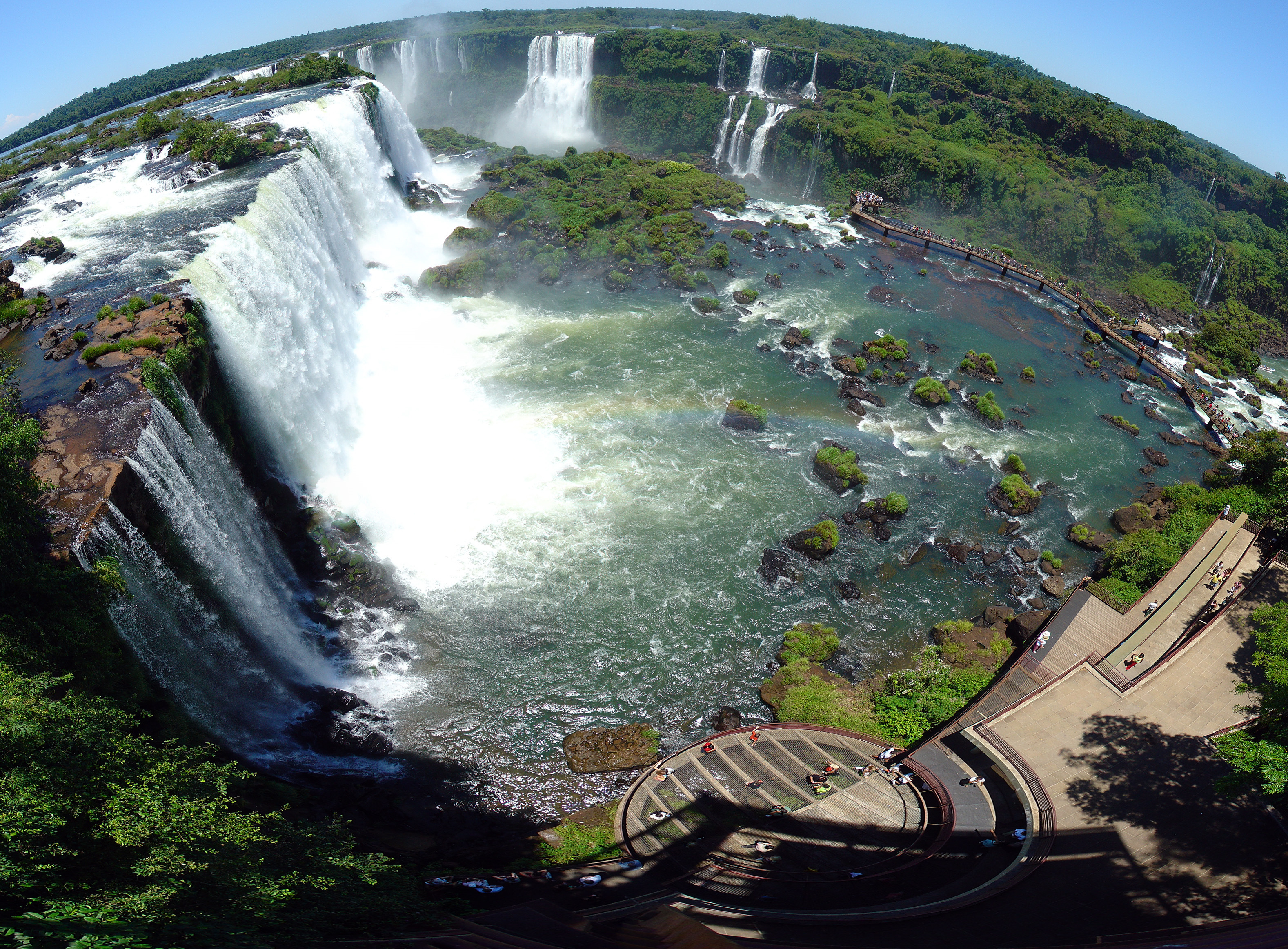 tourism places of iguacu water falls