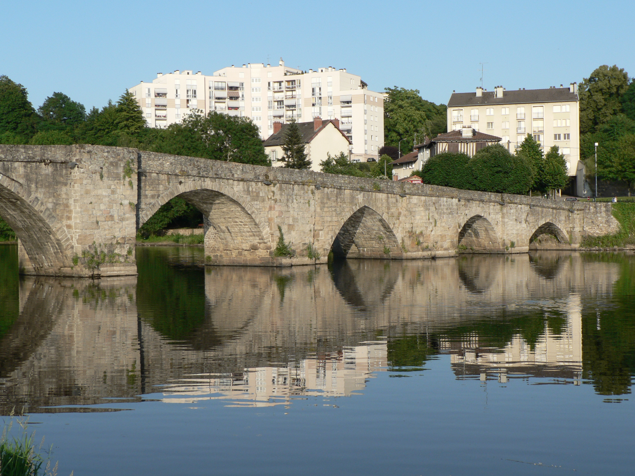 Description limoges pont saint martial
