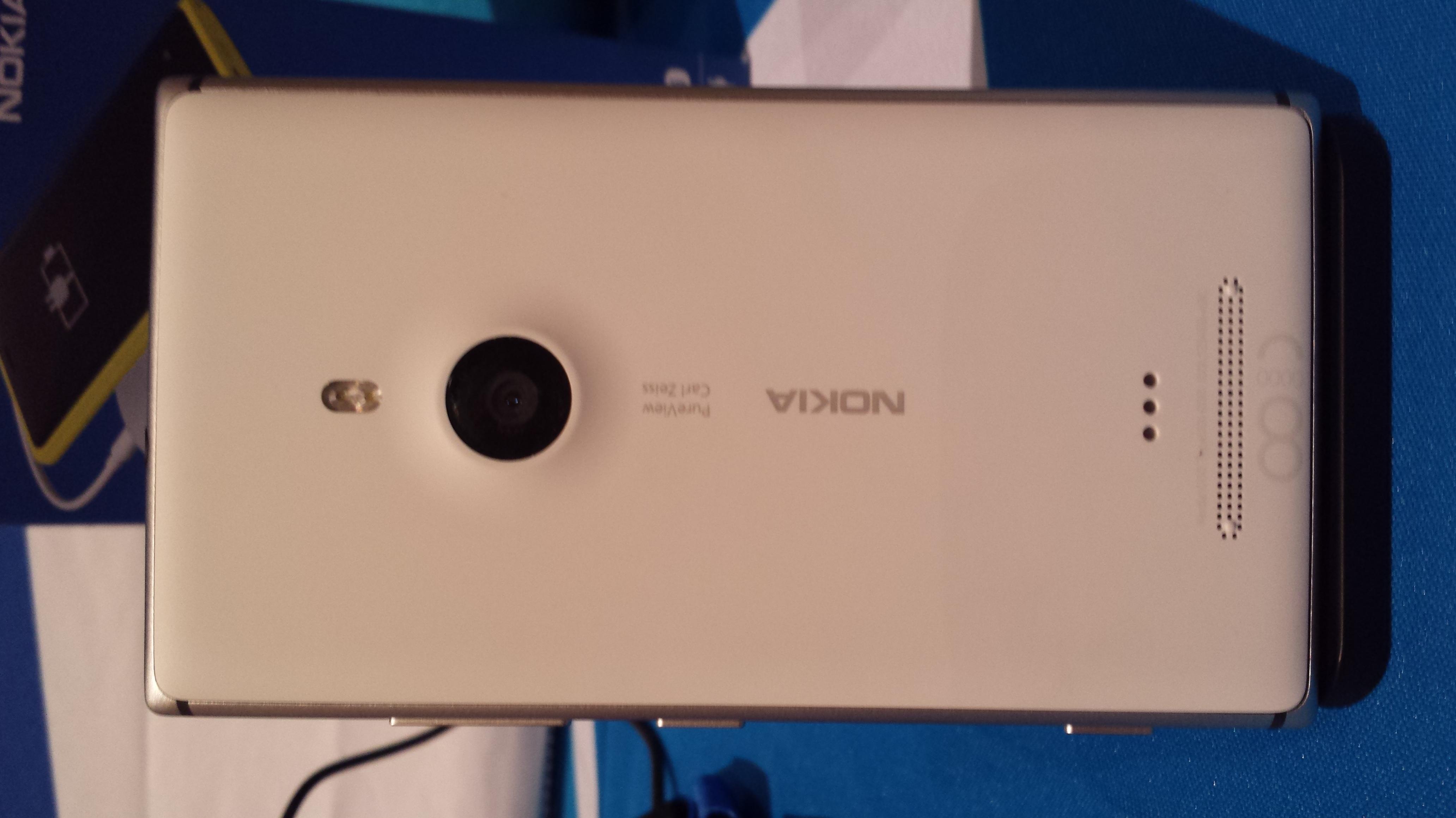 Nokia lumia 925 jpg - File Lumia 925 Reverse Jpg