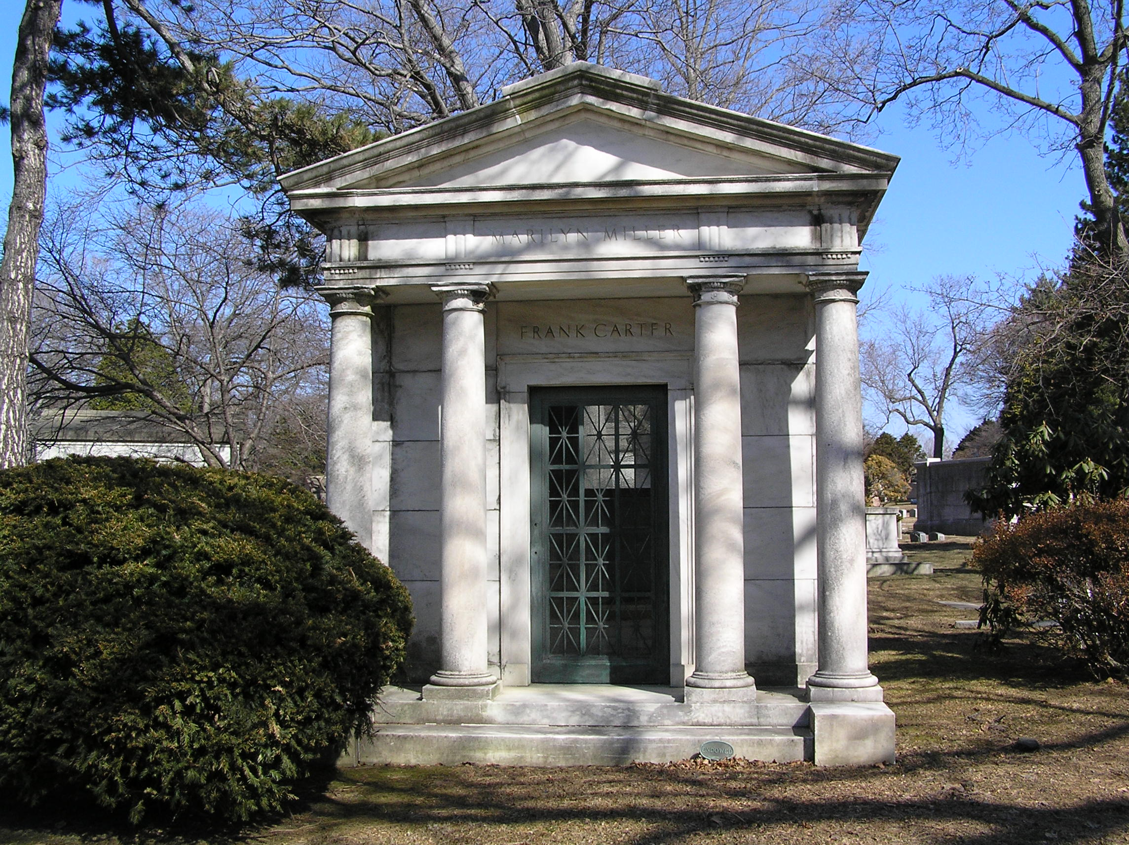File:Mausoleum of Marilyn Miller.JPG - Wikimedia Commons