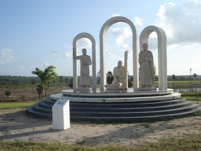 Monument dedicated to the martyrs. Monumento aos Martires, Sao Goncalo do Amarante (RN).jpg
