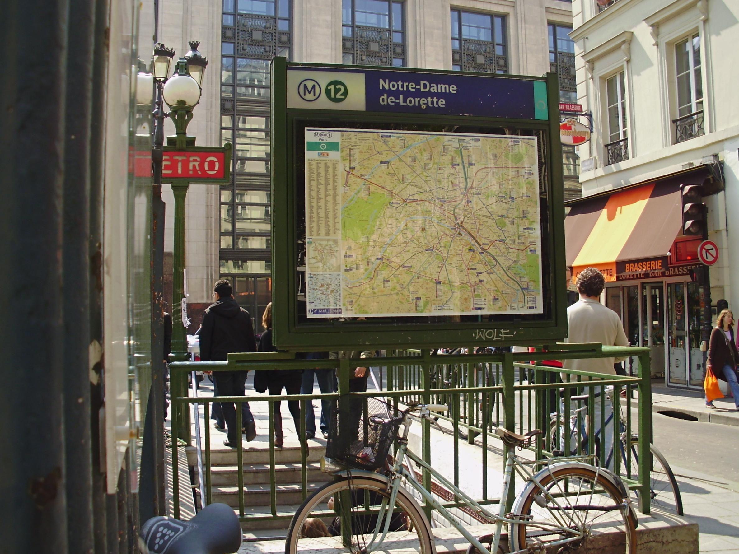 Notre dame de lorette m tro de paris - Metro notre dame de lorette ...