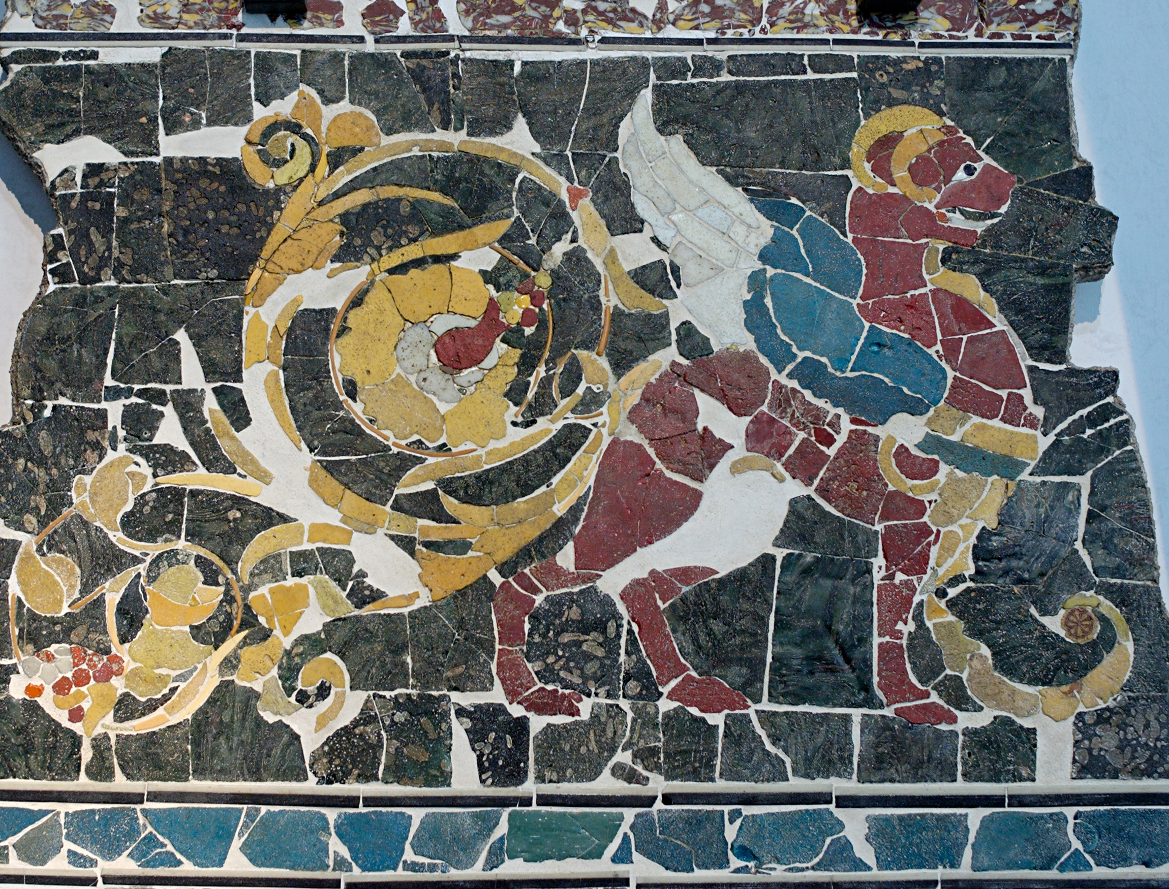 File Opus Sectile Griffin Massimo Jpg Wikimedia Commons