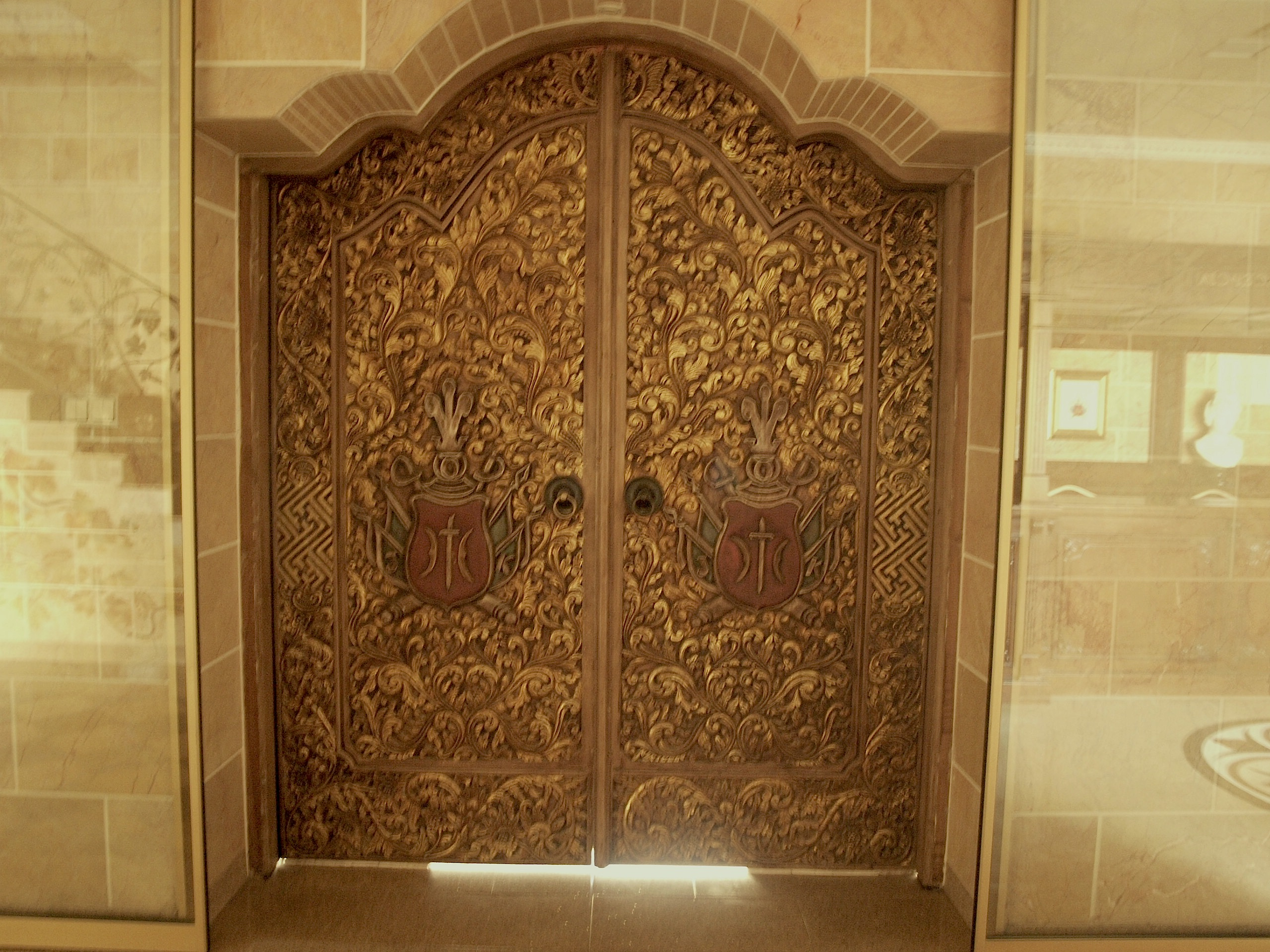 Handmade doors entering the Ostoya Palace of today owned by Rylski family