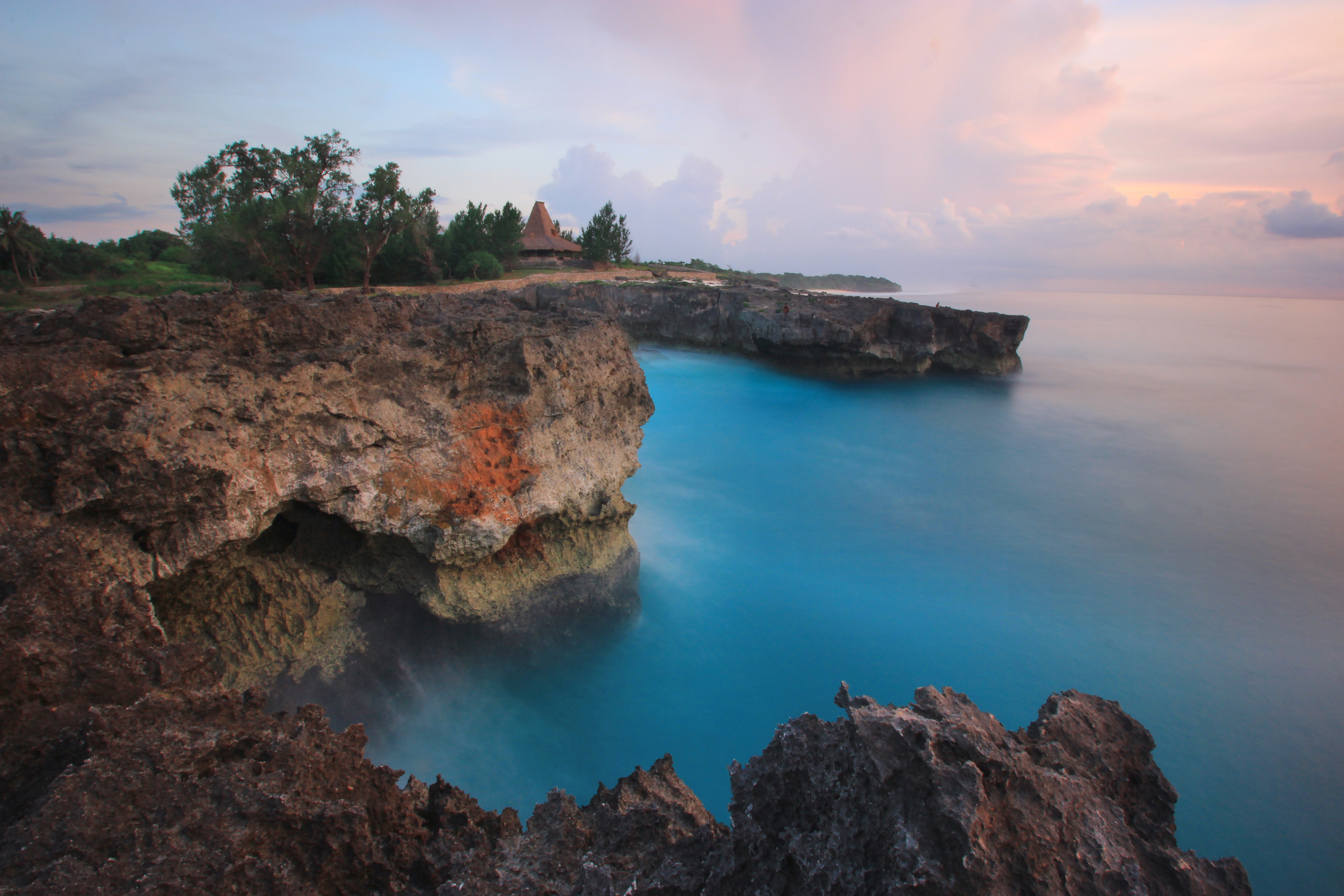 File:Pantai Mandorak, Sumba Barat Daya.jpg - Wikimedia Commons