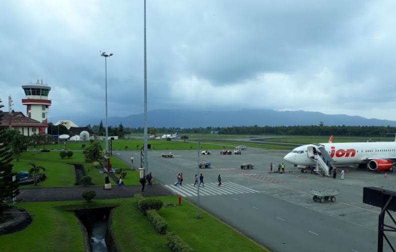 Pattimura International Airport - Wikipedia