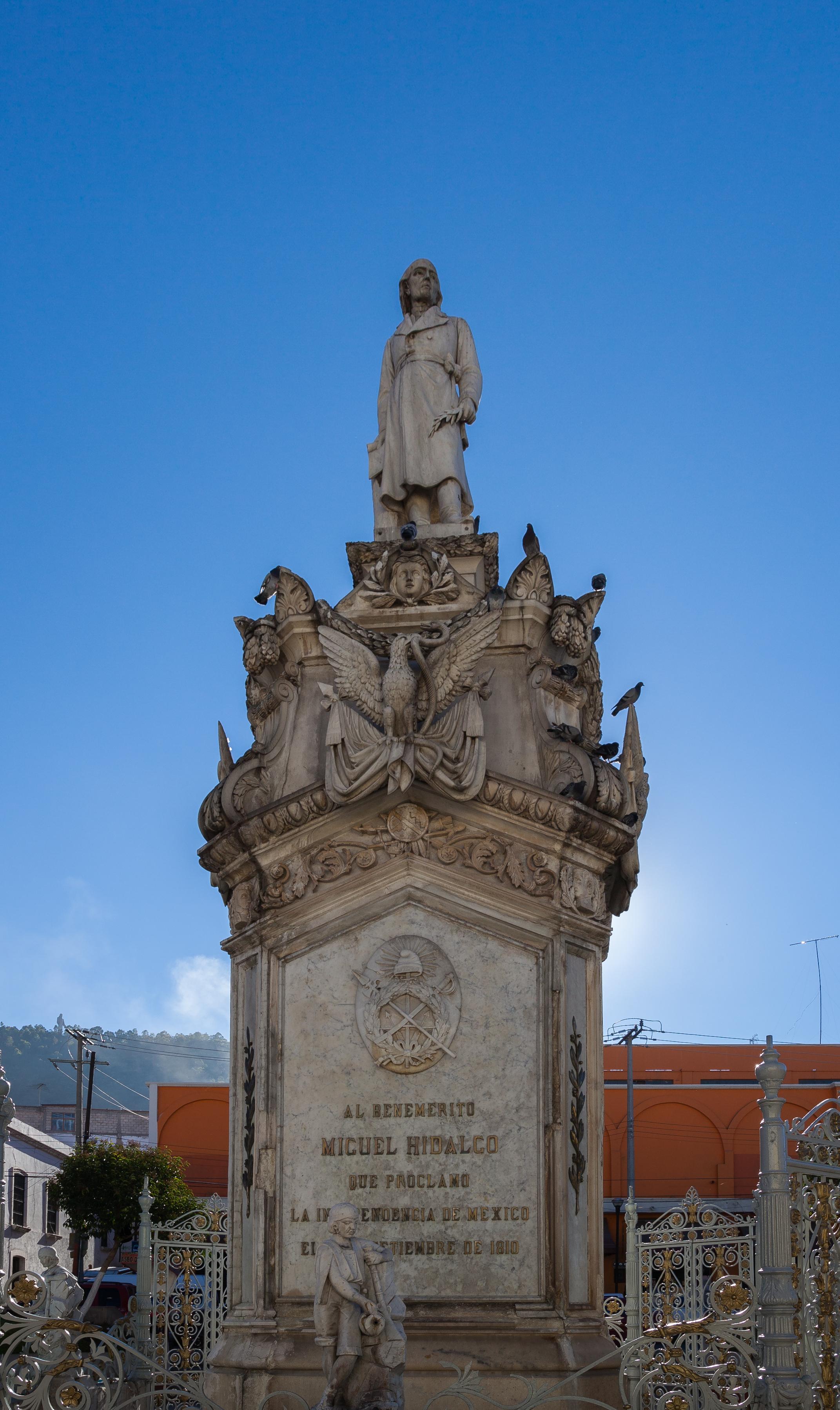 File:Plaza De La Constitución, Pachuca, Hidalgo, México
