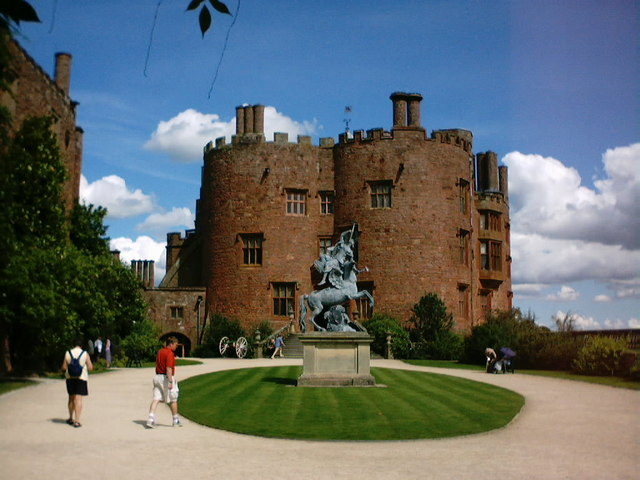 Powis Castle - geograph.org.uk - 235923