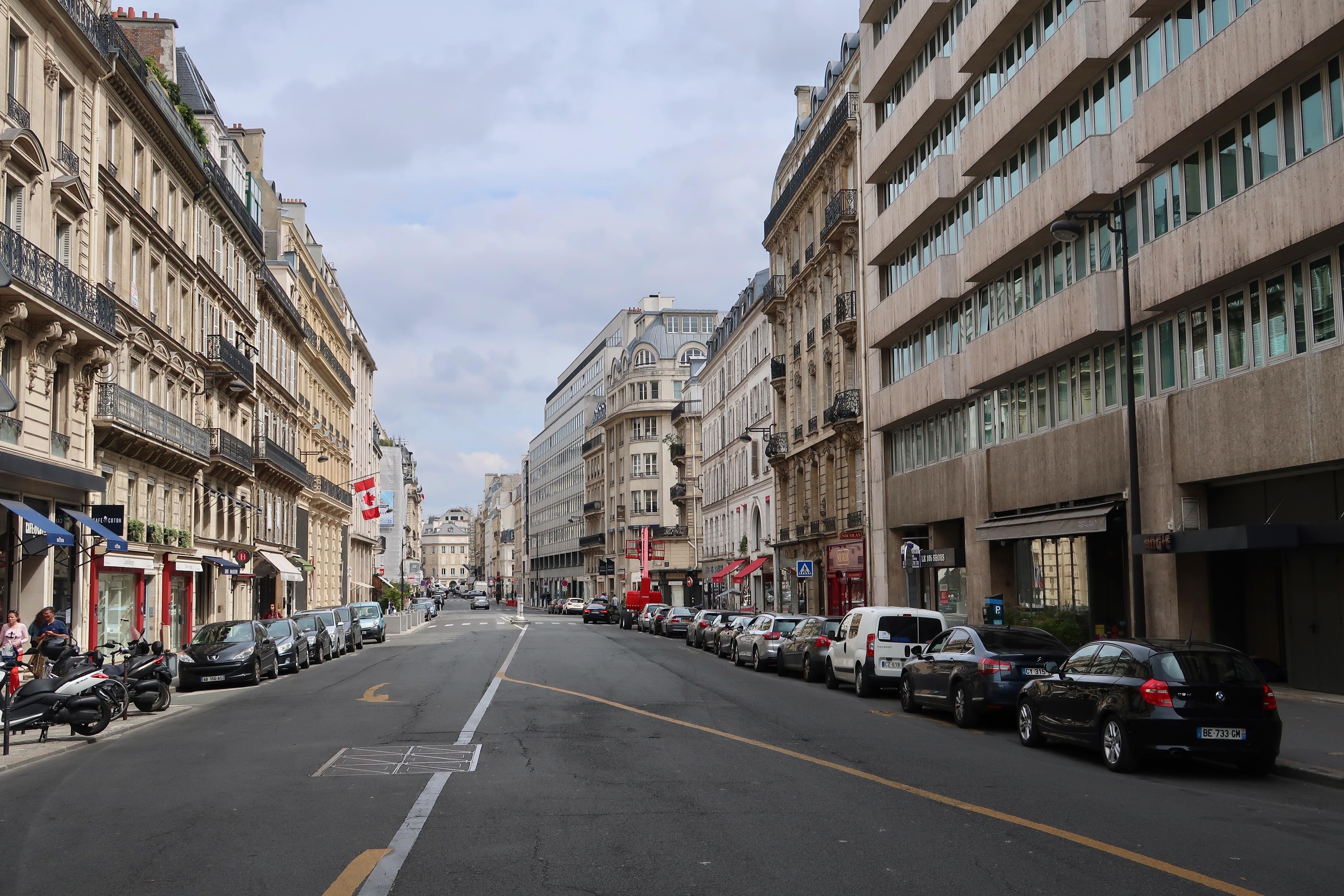 Voir femme celibataire ver rue baroun [PUNIQRANDLINE-(au-dating-names.txt) 46