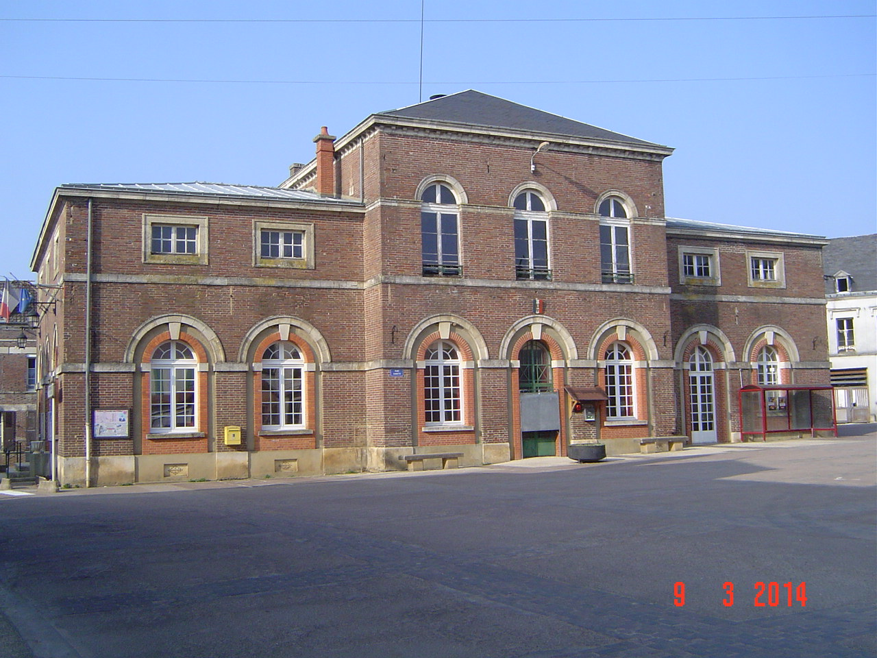 Saint-Mards-en-Othe - La mairie (1).JPG