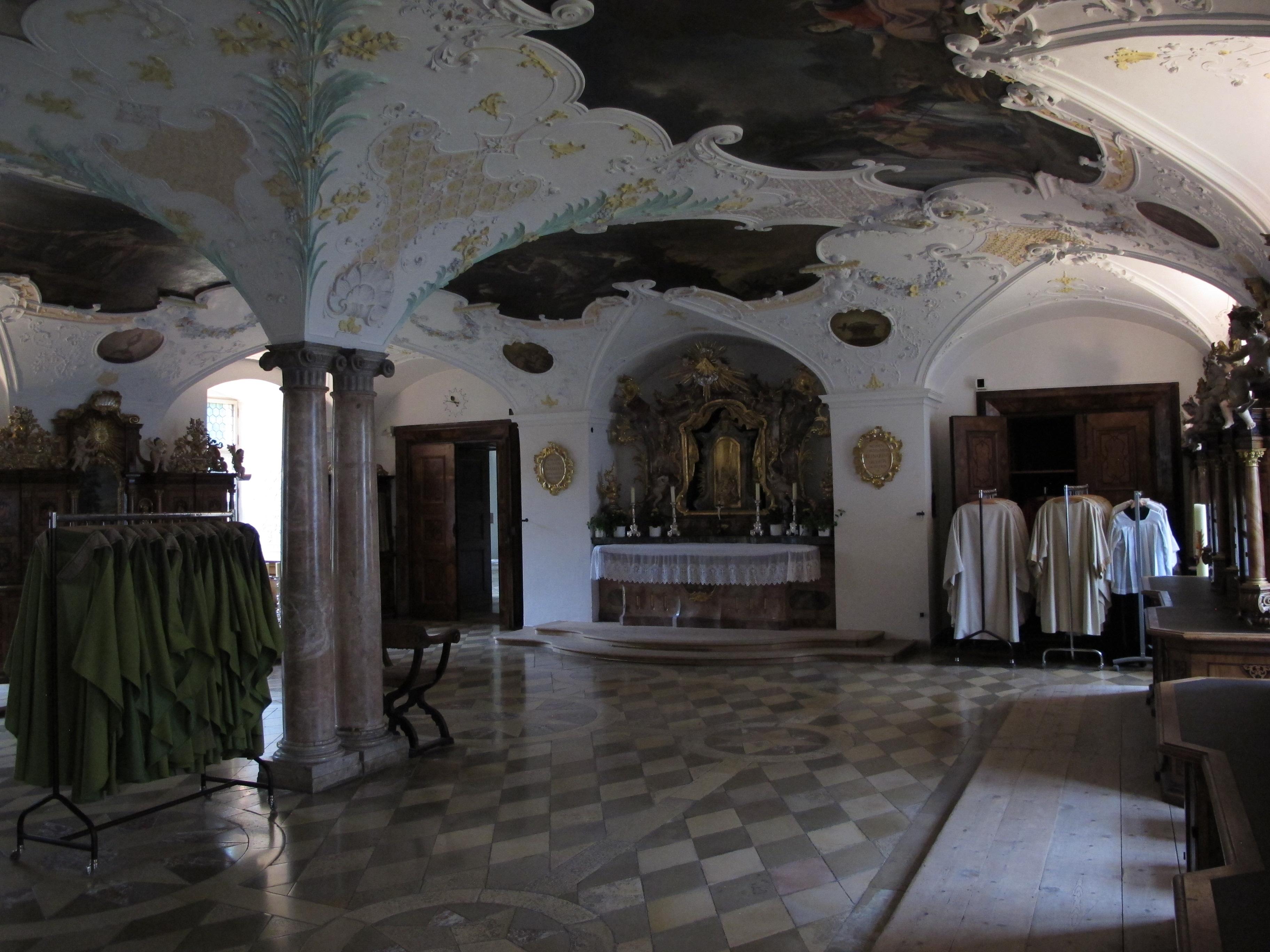 Sakristei_Kloster_Ettal_Vestries_in_Bavaria.JPG?uselang=de