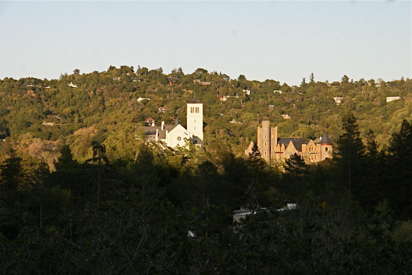 سن آنسلمو، کالیفرنیا