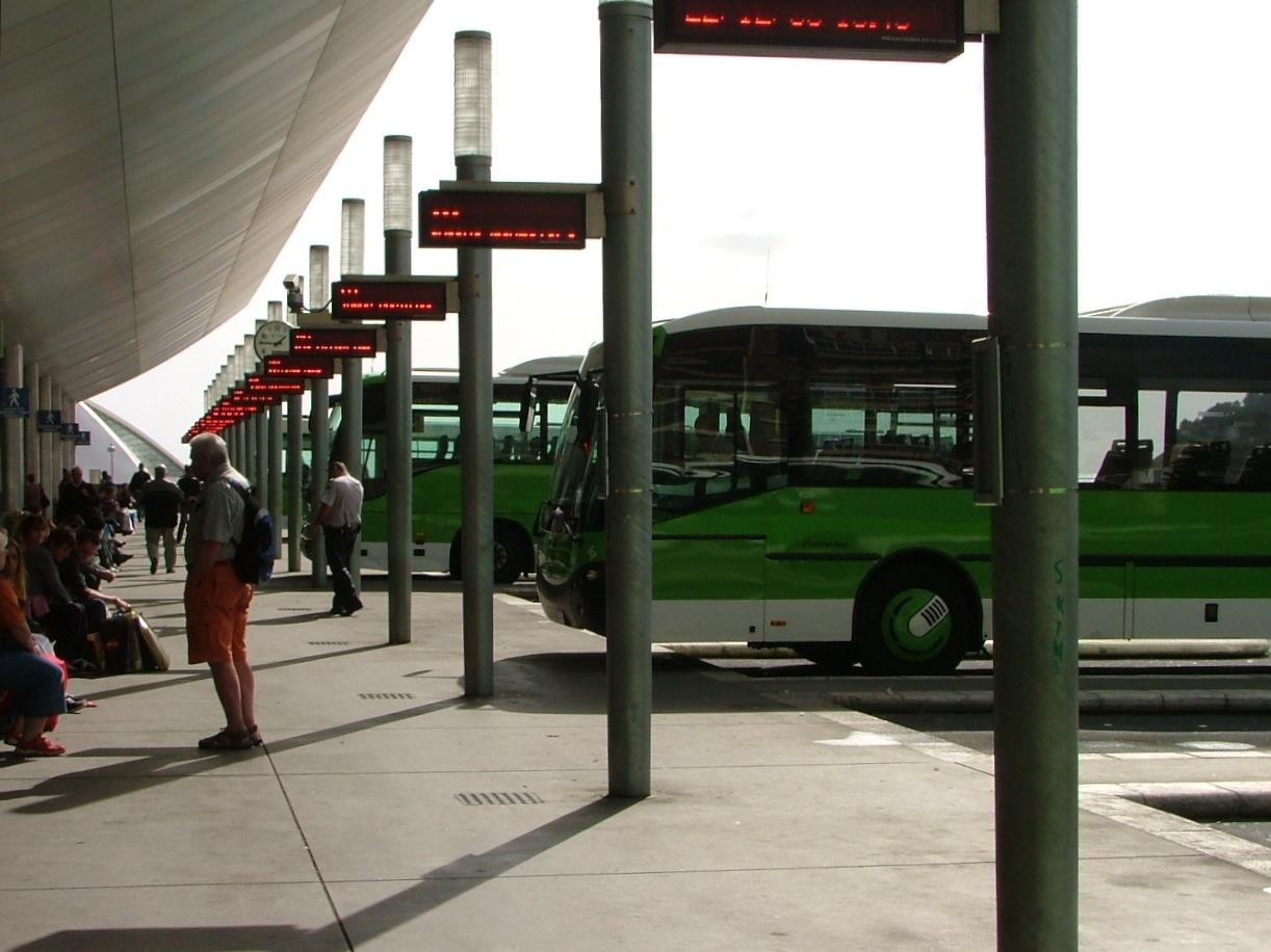 Transportes interurbanos de tenerife s a wikipedia la for Empresas de transporte en tenerife