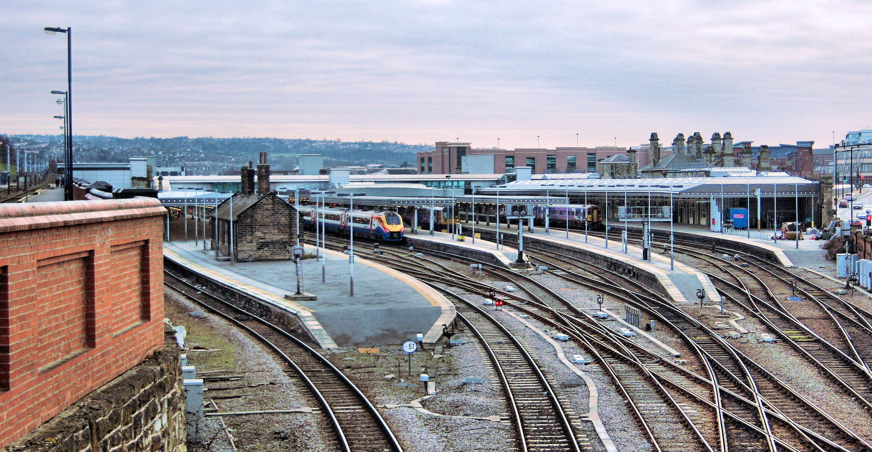 K Chesterfield File:Sheffield Station panorama.jpg - Wikimedia Commons