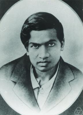 Srinivasa Ramanujan e' indispettito dai tuoi pregiudizi verso chi ha studiato in una fogna.
