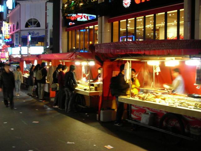 Food Vendor Truck Near Stockbridge