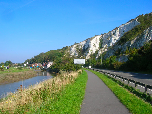 Three Ways to Enter Lewes - geograph.org.uk - 972877