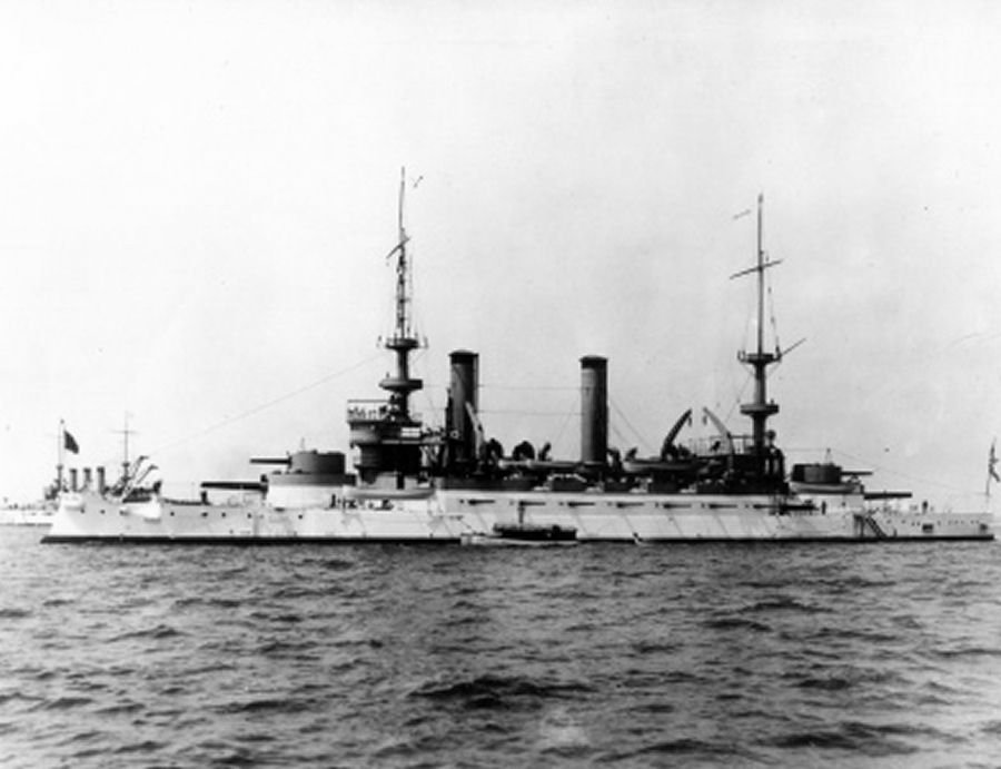 external image USS_Kearsarge_in_great_white_fleet_1908.jpg