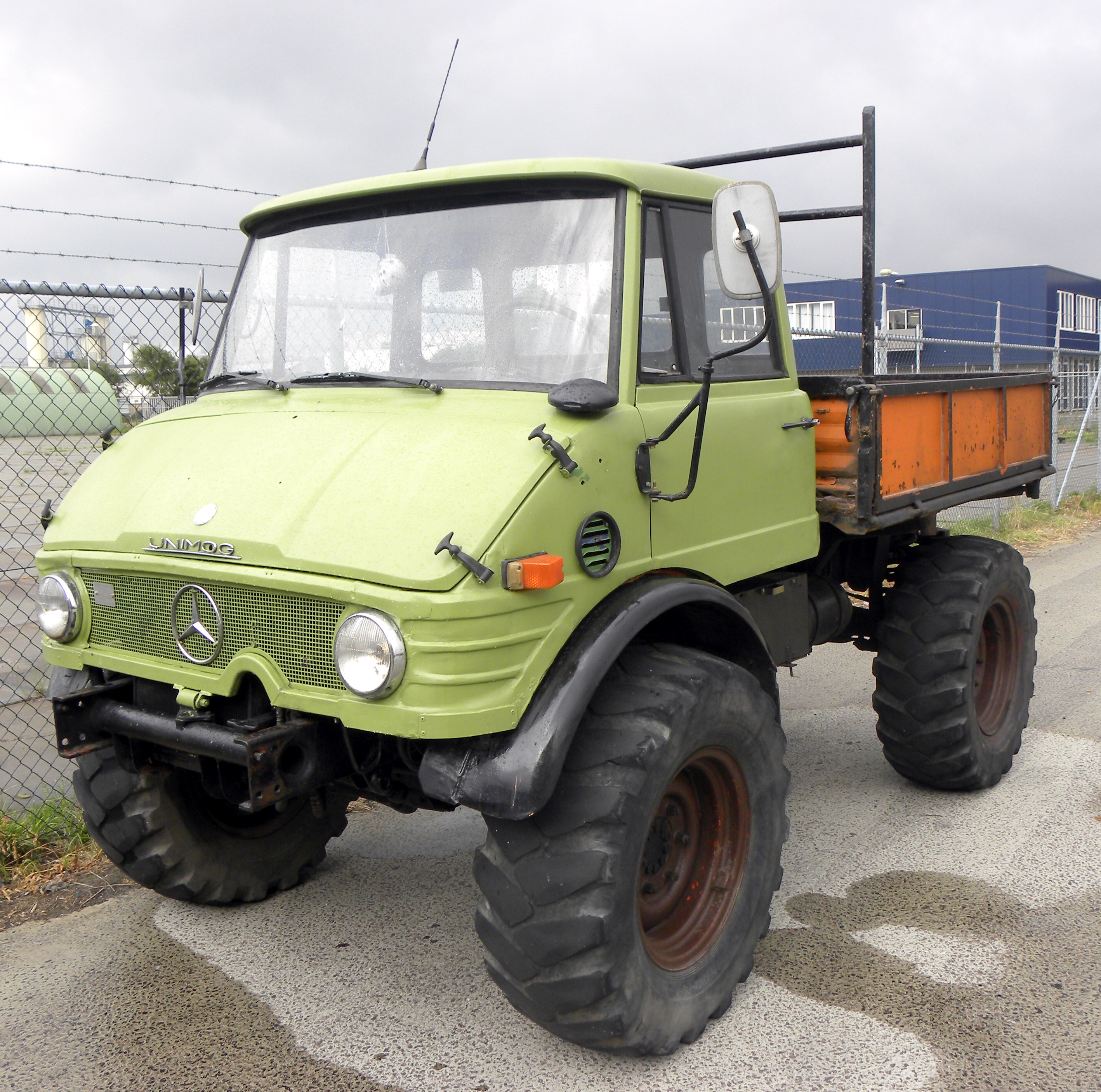 Unimog For Sale >> File:Unimog 406 (1).jpg - Wikimedia Commons